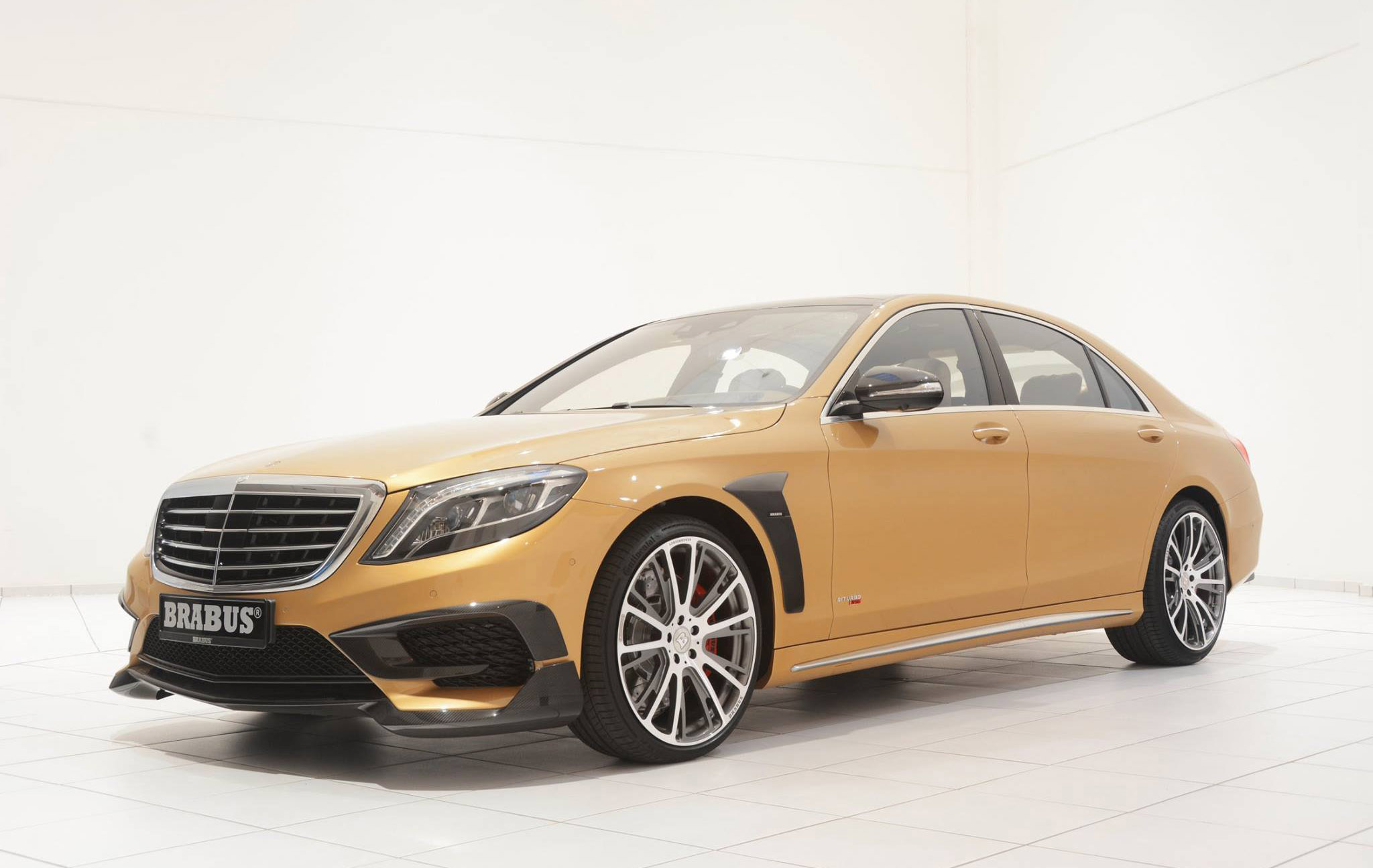 Mercedes benz s63 amg reworked by brabus for Pictures of a mercedes benz