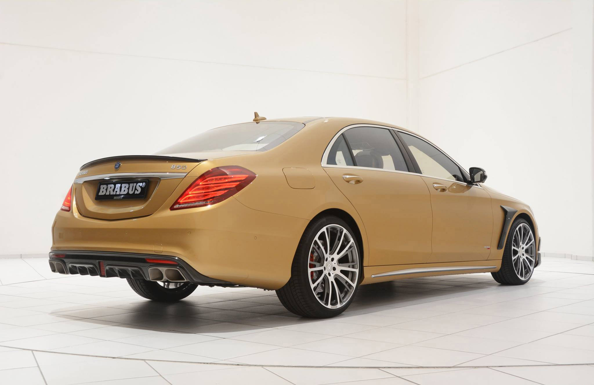 Mercedes benz s63 amg reworked by brabus for Mercedes benz s 63 amg