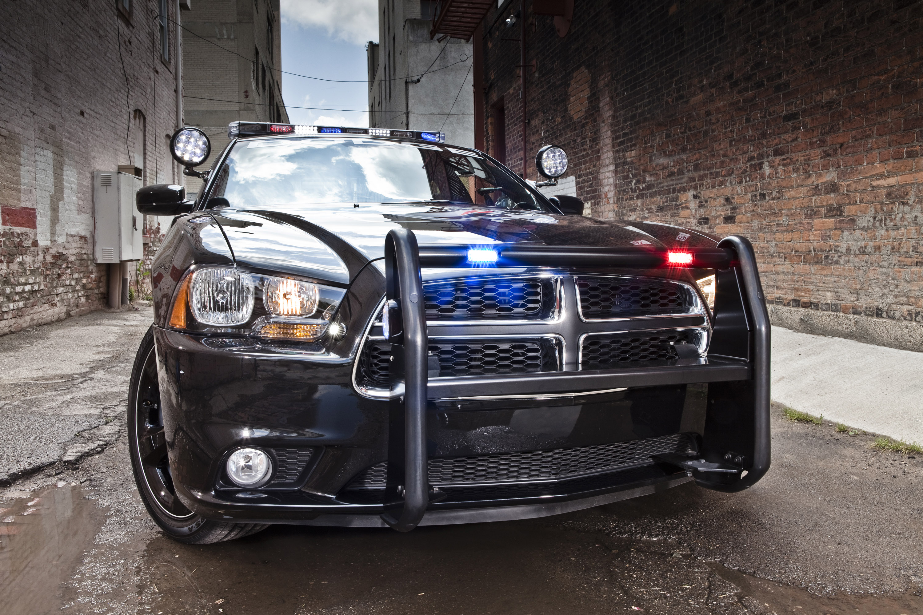 dodge charger pursuit equipped with advanced all wheel. Black Bedroom Furniture Sets. Home Design Ideas