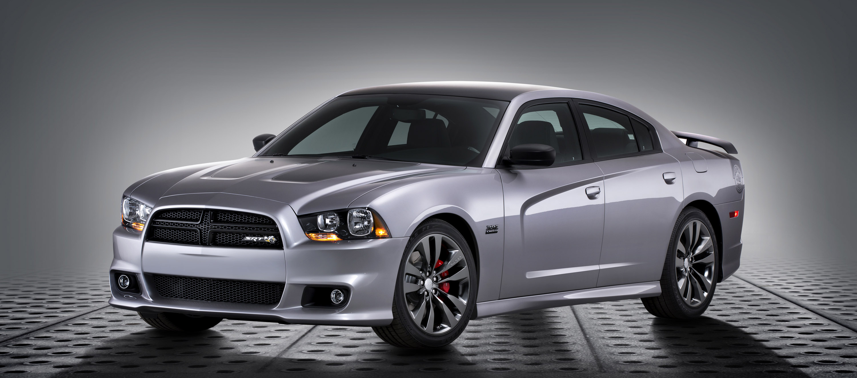 Srt Debuts Three 2014 Satin Vapor Editions In Chicago