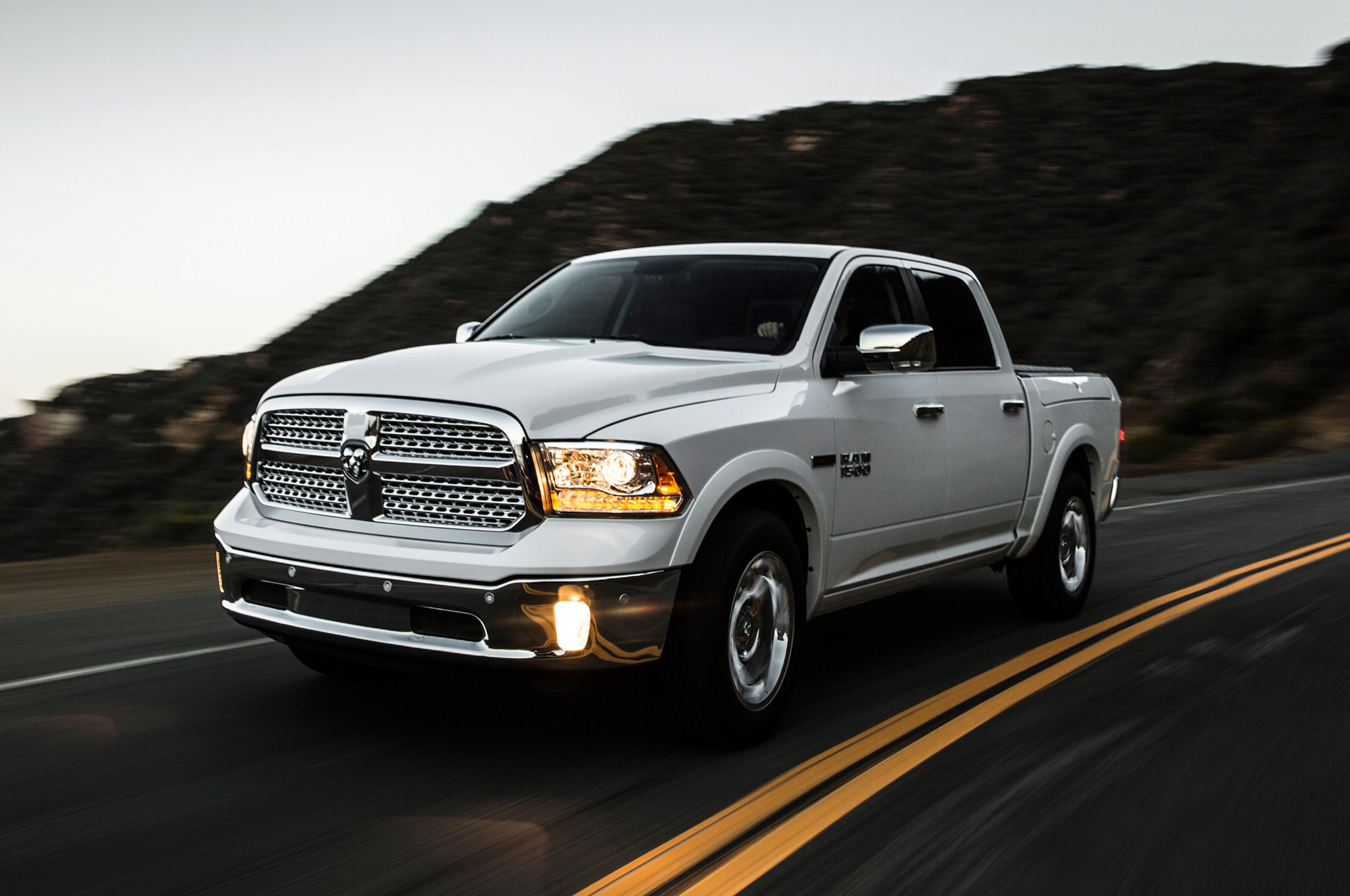 Ram 1500 Ecodiesel Review >> 2014 Dodge Ram 1500 EcoDiesel Records Best Fuel Economy Rating