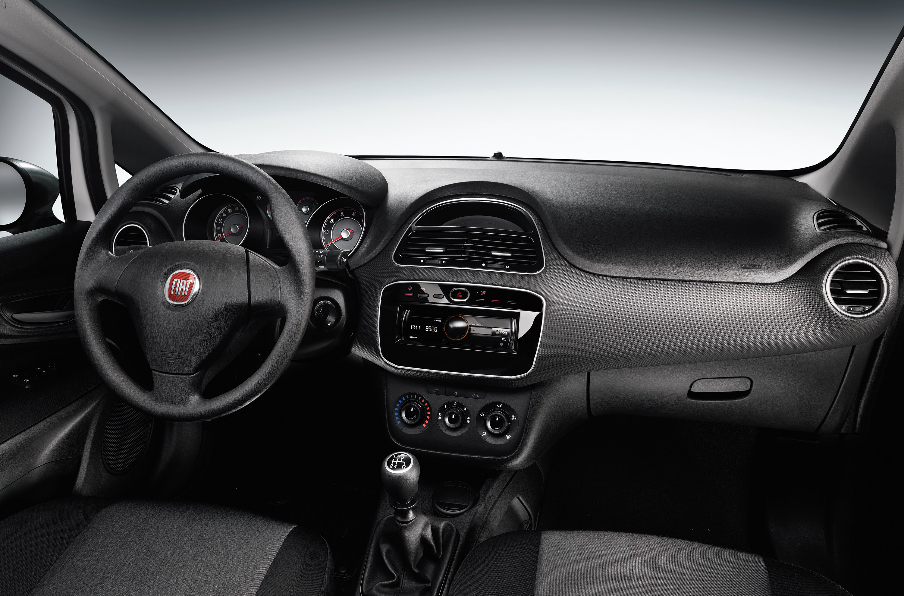 2014 Fiat Punto Young Price