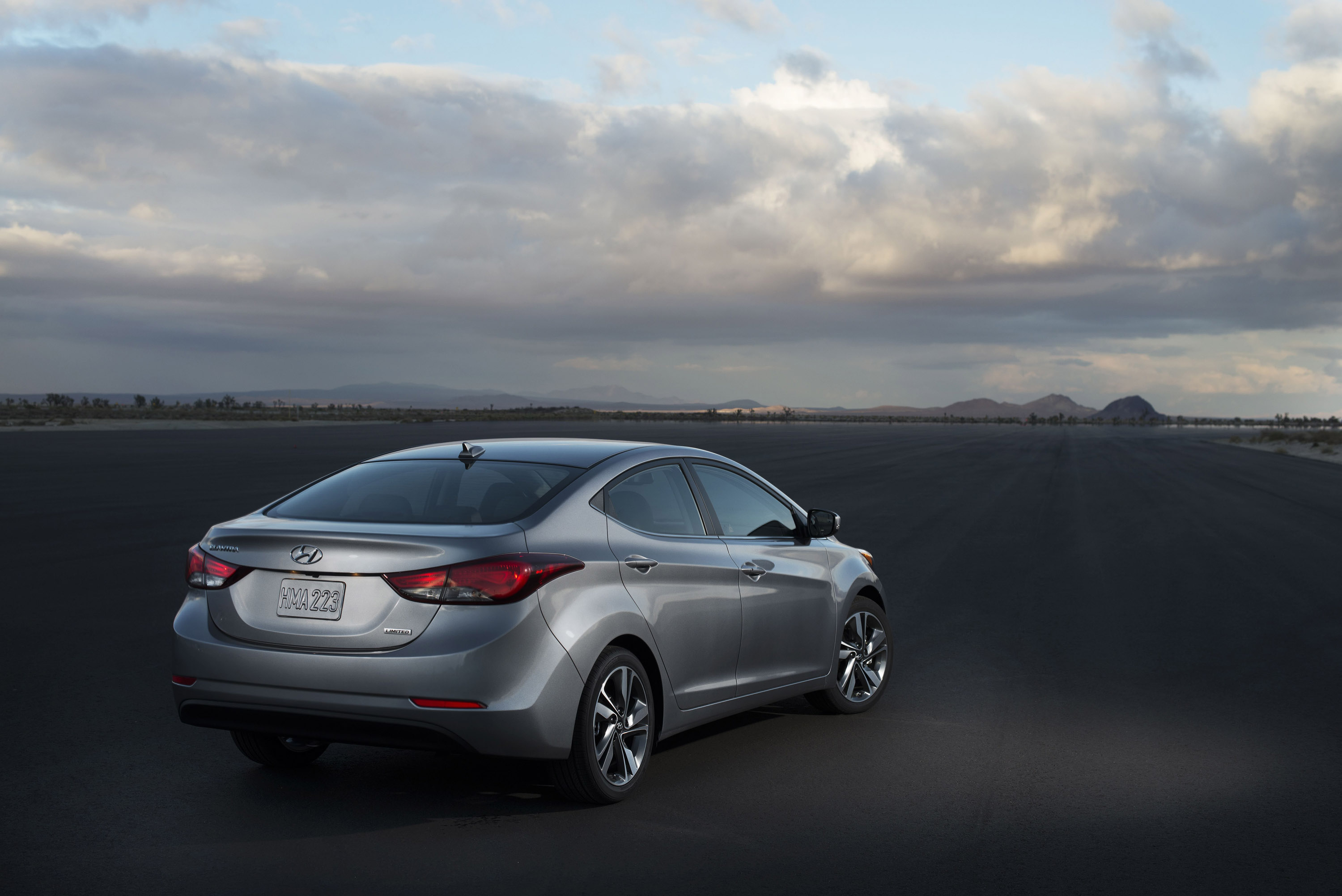 2014 Hyundai Elantra Sport video