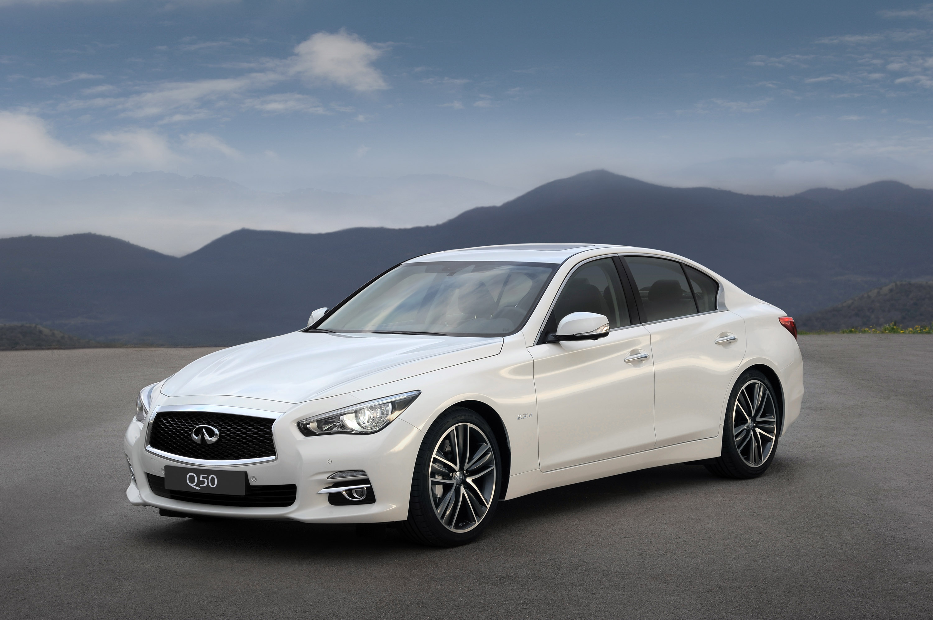 2014 infiniti q50 adds two litre turbocharged petrol engine. Black Bedroom Furniture Sets. Home Design Ideas