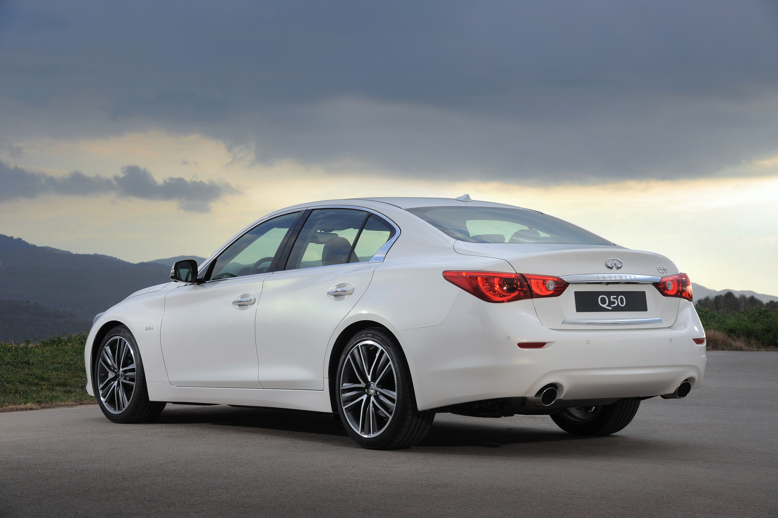 2014 infiniti q50 goes on sale. Black Bedroom Furniture Sets. Home Design Ideas