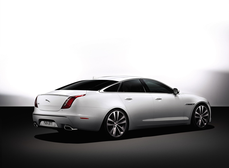 ... 2014 Jaguar XJ, ...