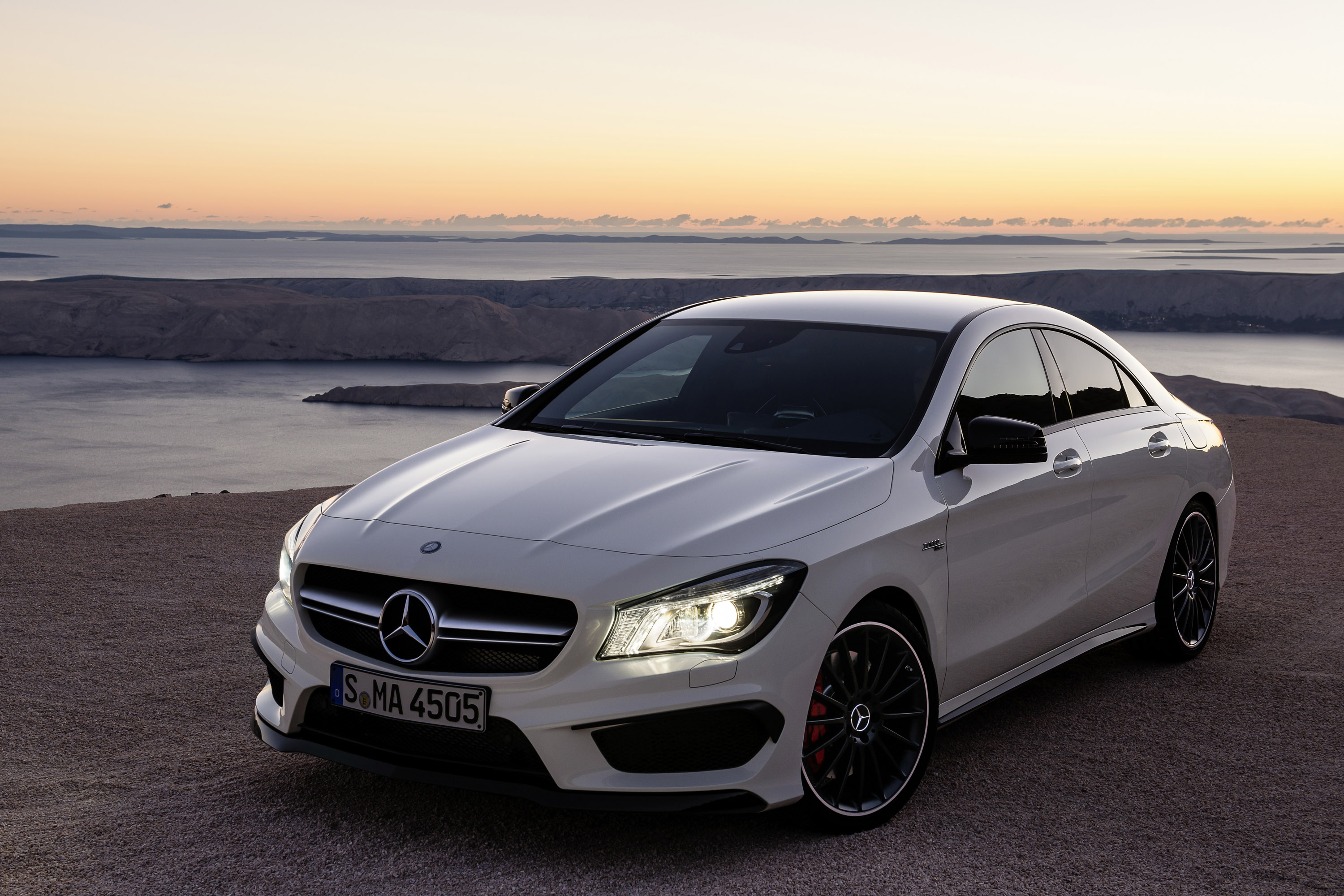 2014 mercedes benz cla 45 amg us price 47 450. Black Bedroom Furniture Sets. Home Design Ideas