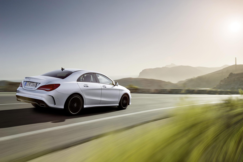 Mercedes benz establishes new segment with cla class for Mercedes benz class cla