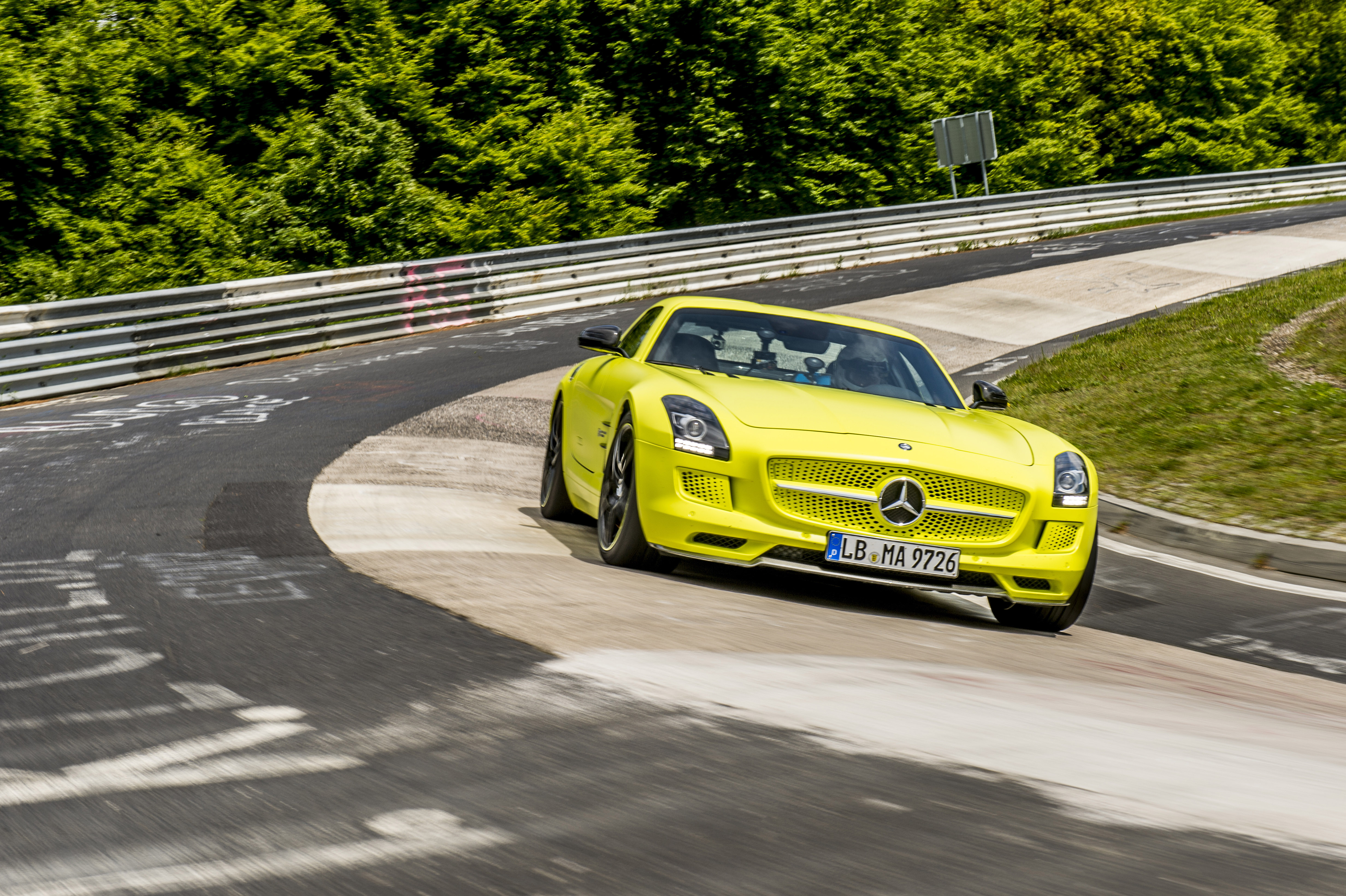 2014 mercedes benz sls amg coupe electric drive production car