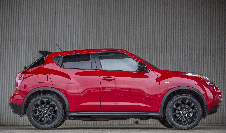 Mopar 14 dodge challenger sold out for Nissan juke cabrio