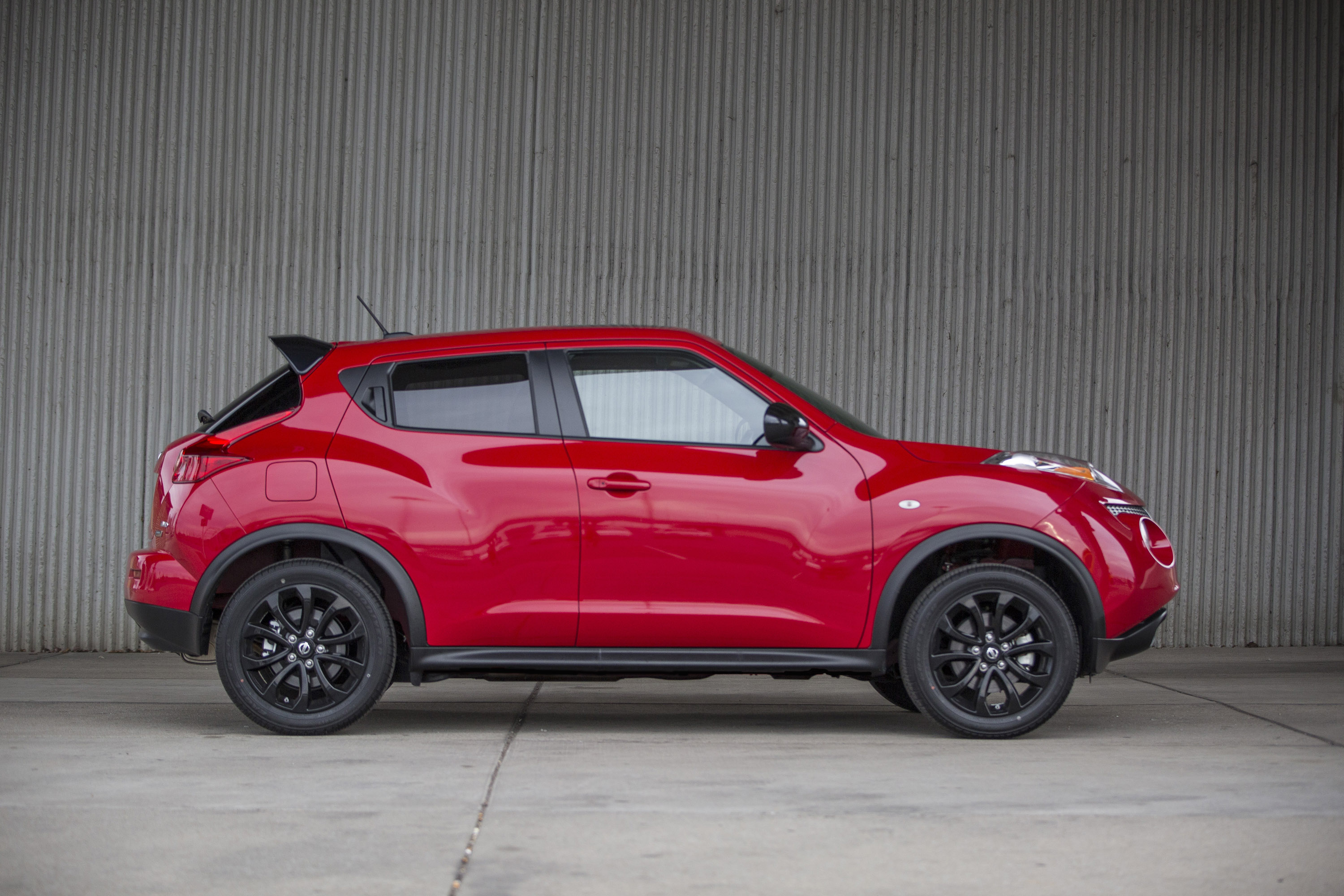2014 nissan juke full details. Black Bedroom Furniture Sets. Home Design Ideas