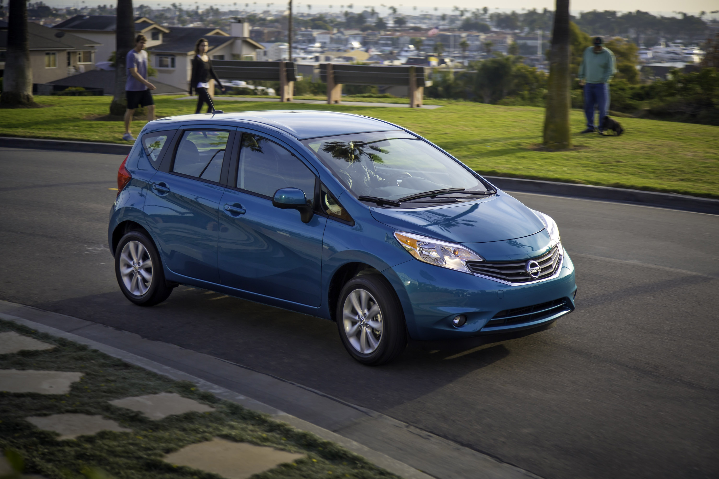 h note report gas news versa nissan mileage drive