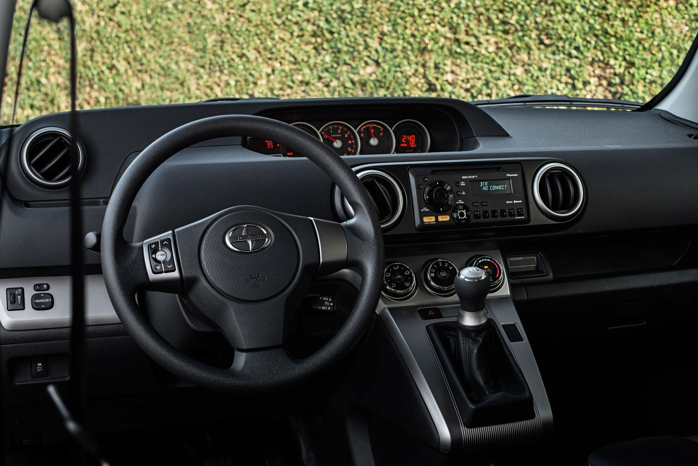 2012 Lumma Clr 558 Gt Porsche Cayenne