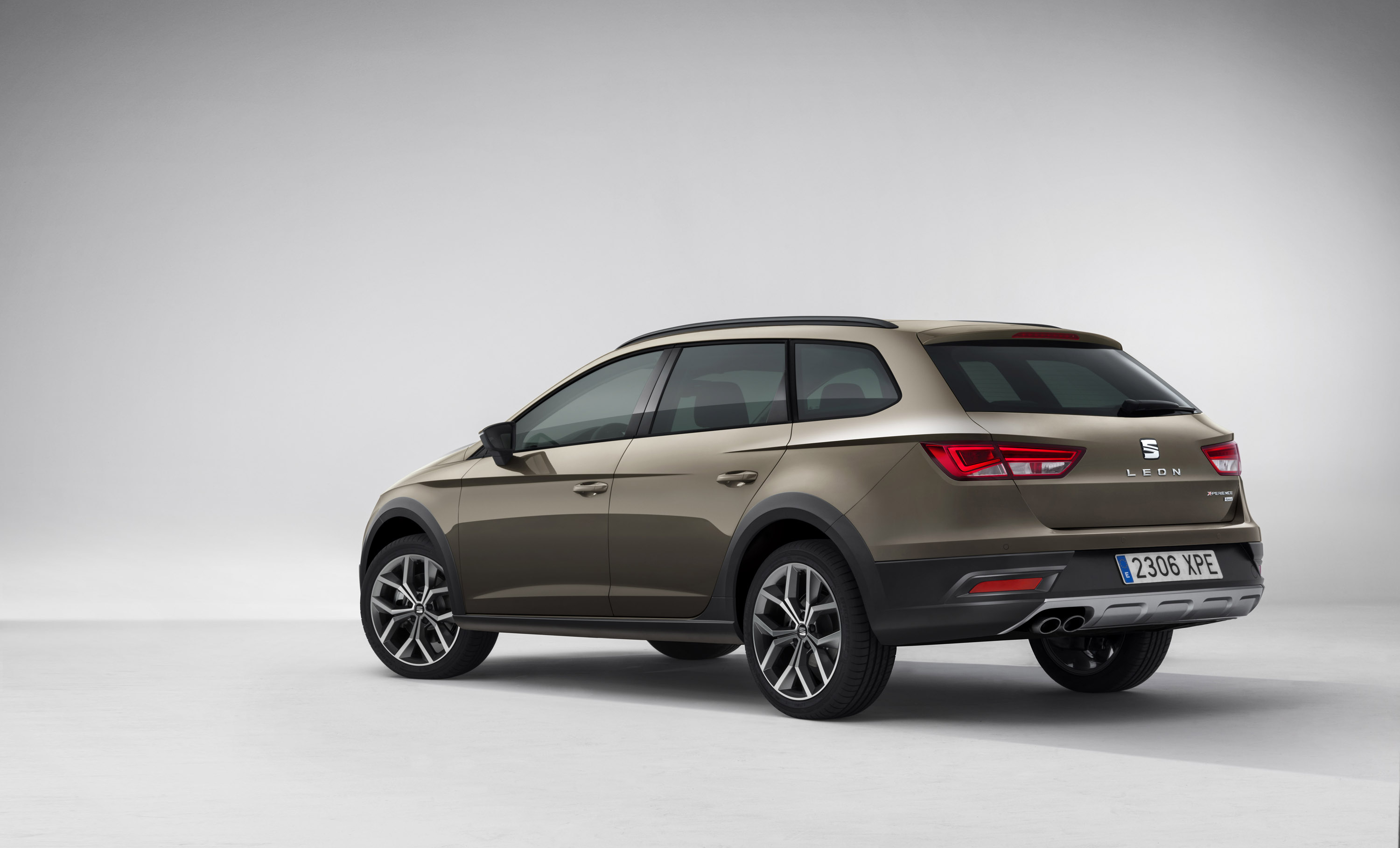 seat leon x perience pricing and specs announced. Black Bedroom Furniture Sets. Home Design Ideas