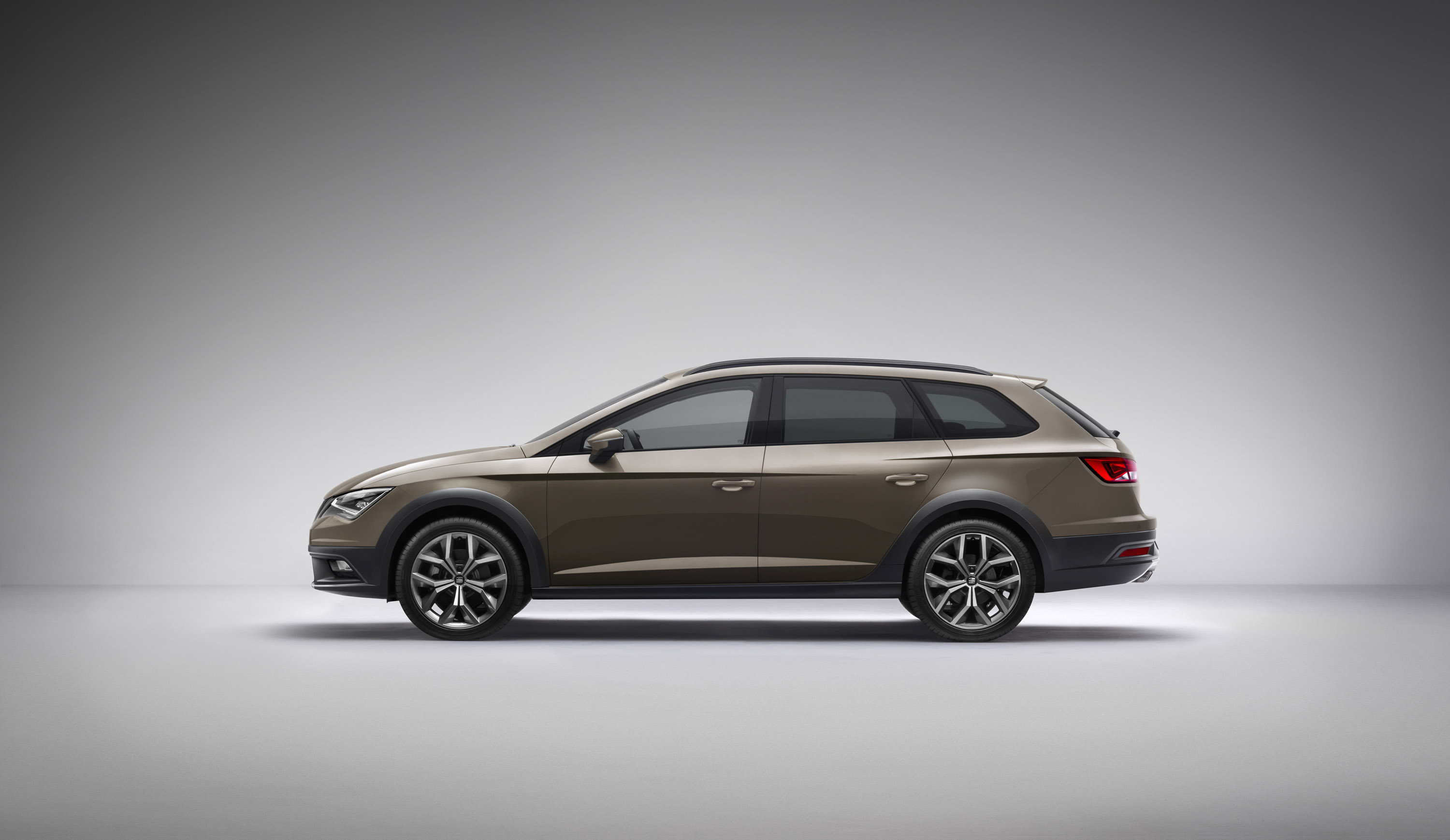 2014 seat leon x perience a rugged experience. Black Bedroom Furniture Sets. Home Design Ideas