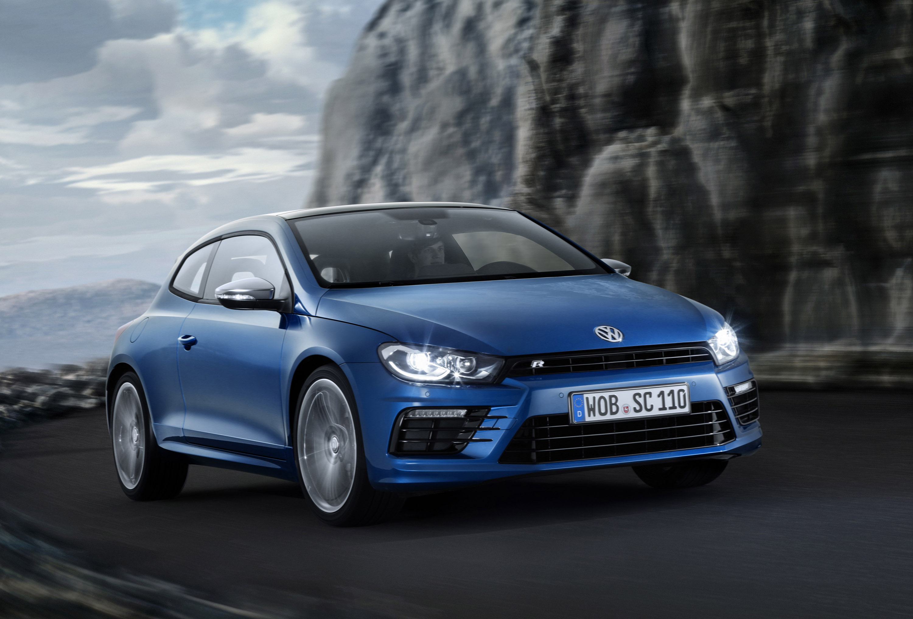 2014 volkswagen scirocco facelift new engines and styling updates. Black Bedroom Furniture Sets. Home Design Ideas
