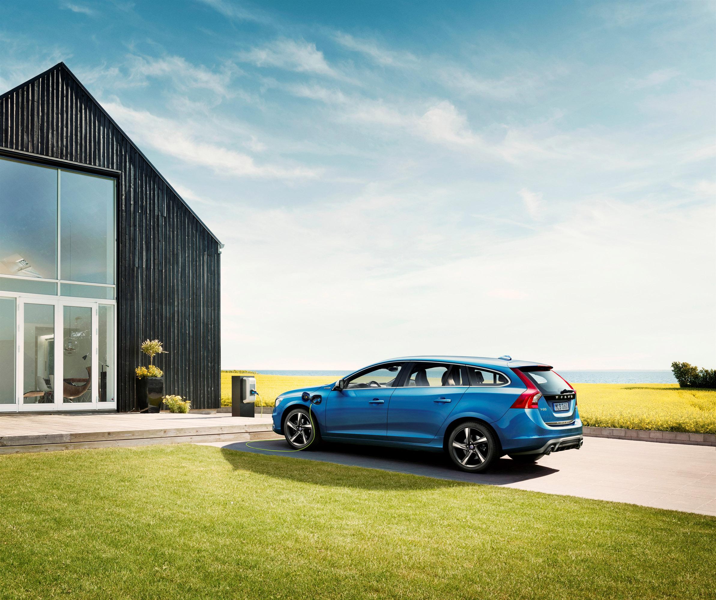 Volvo V60 Wallpaper: Audi Q5 Specifications