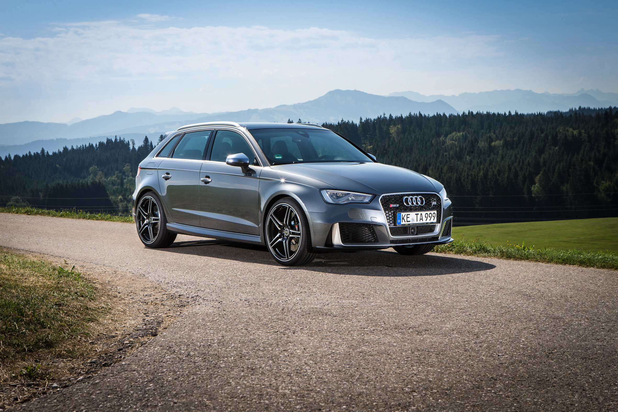 Audi rs3 sportback 2018 review 10