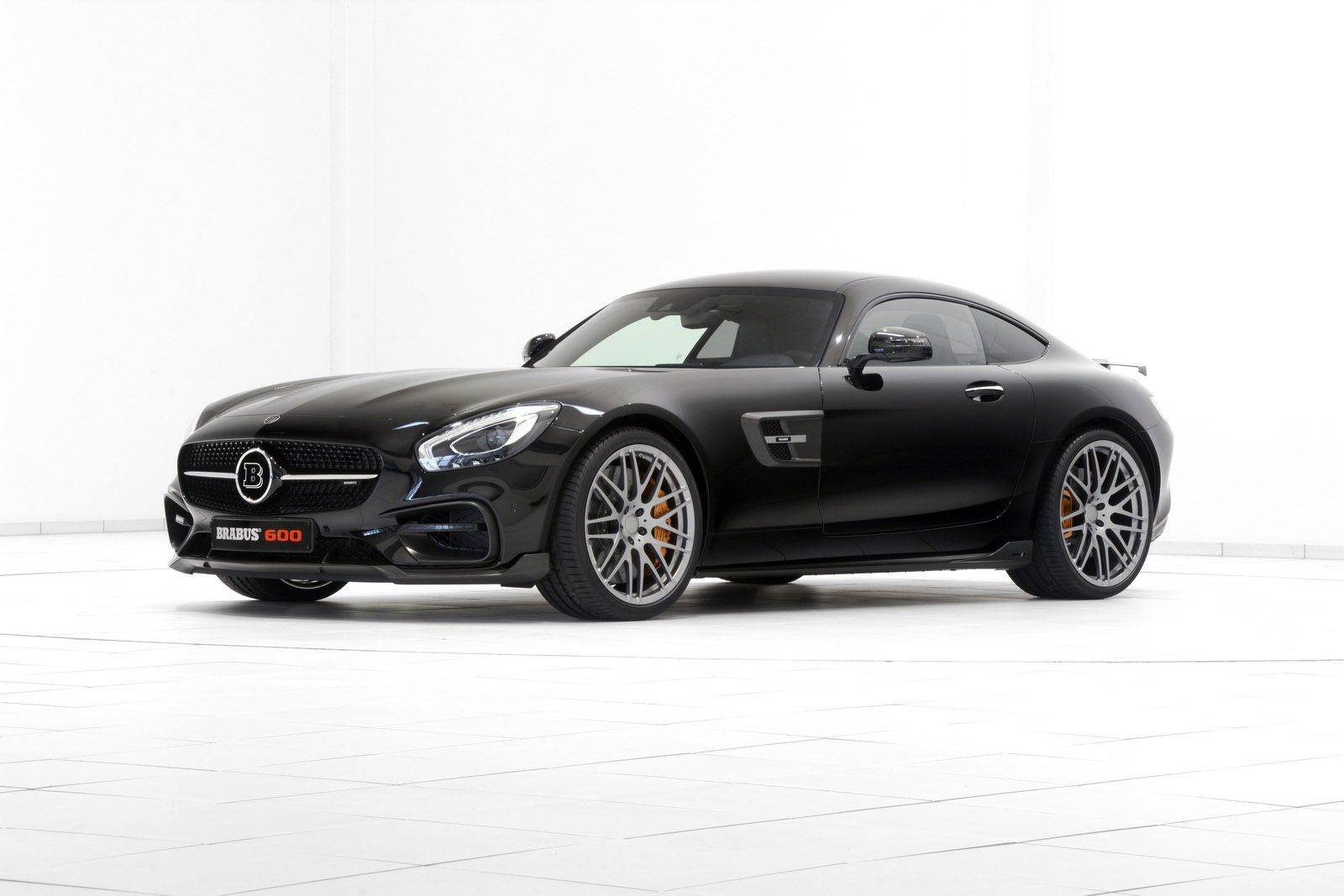 brabus mercedes amg gt s debuts in frankfurt. Black Bedroom Furniture Sets. Home Design Ideas