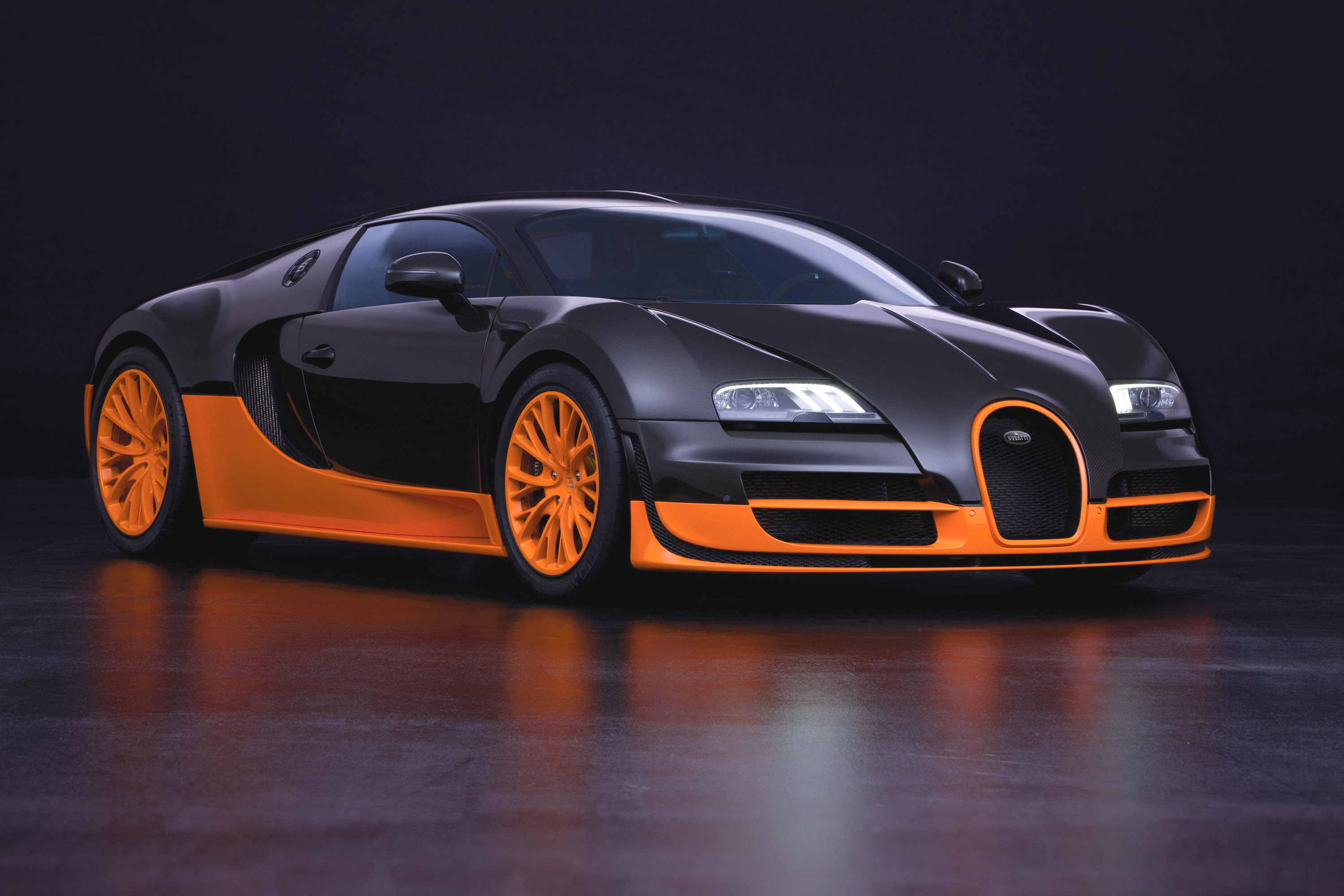 Bugatti Introduces Veyron 16 4 Super Sport World Record