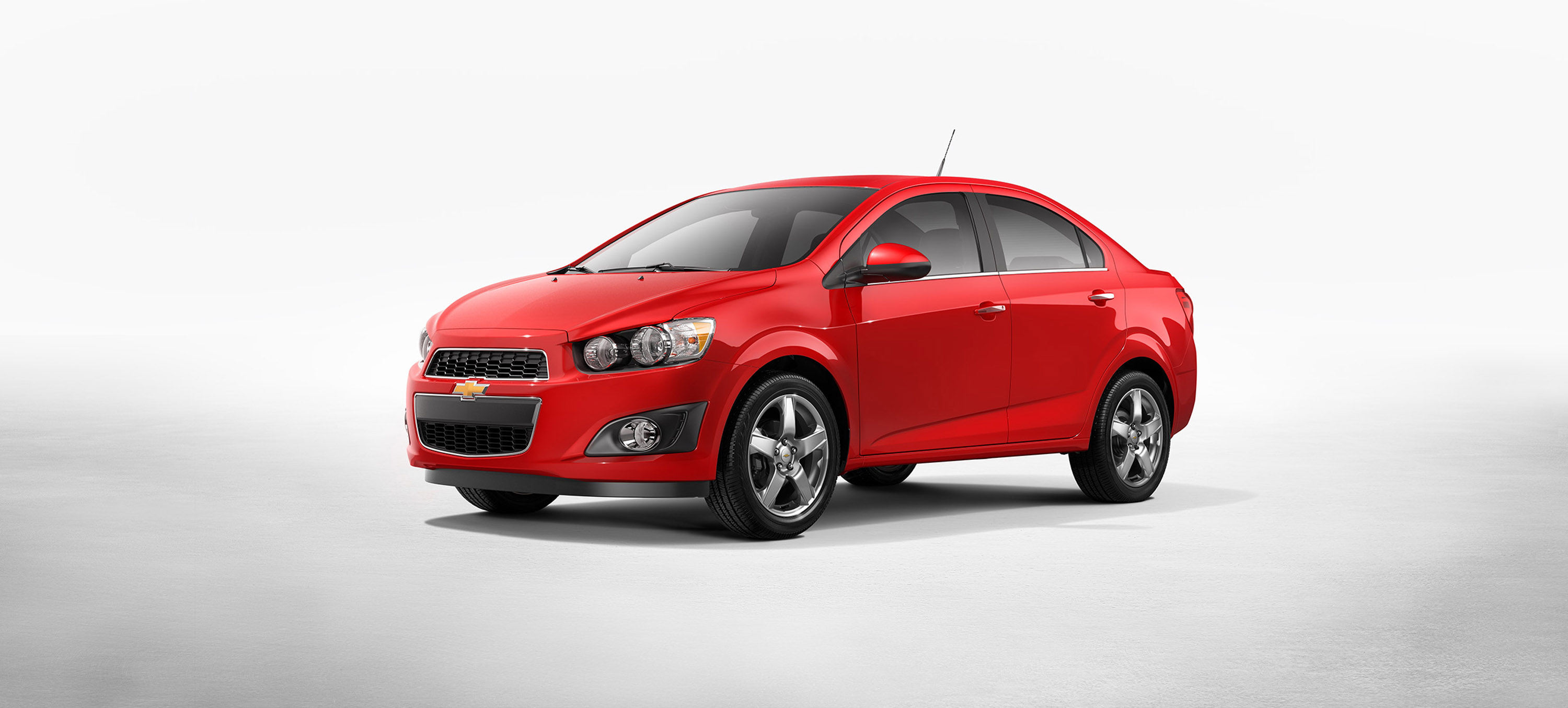 2015 chevrolet sonic small overlap iihs crash test. Black Bedroom Furniture Sets. Home Design Ideas