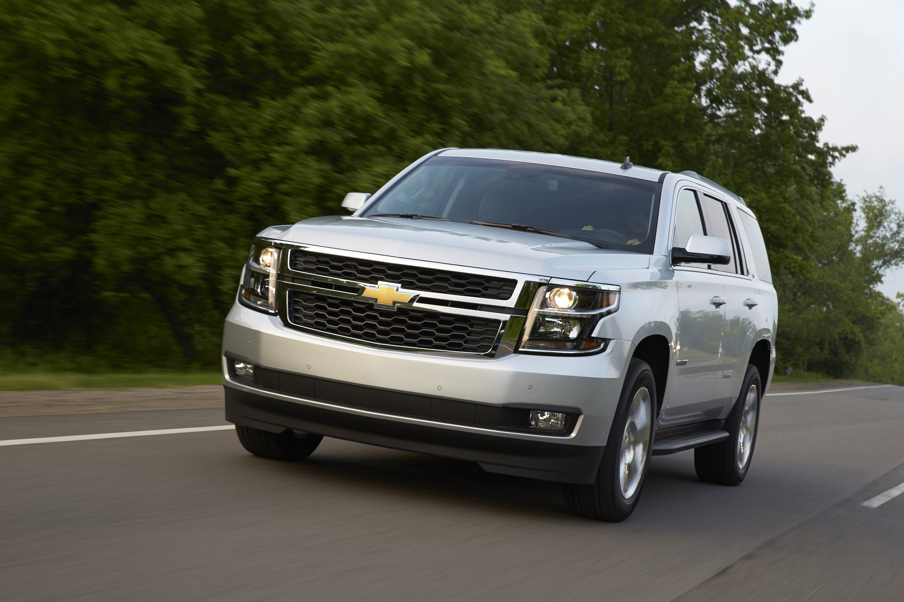 2015 chevrolet tahoe and suburban to feature onstar 4g lte. Black Bedroom Furniture Sets. Home Design Ideas