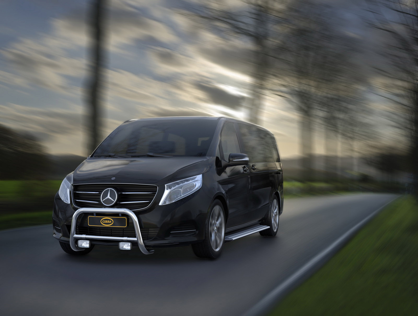 cobra accessories adorn the new mercedes v class and vito vans. Black Bedroom Furniture Sets. Home Design Ideas