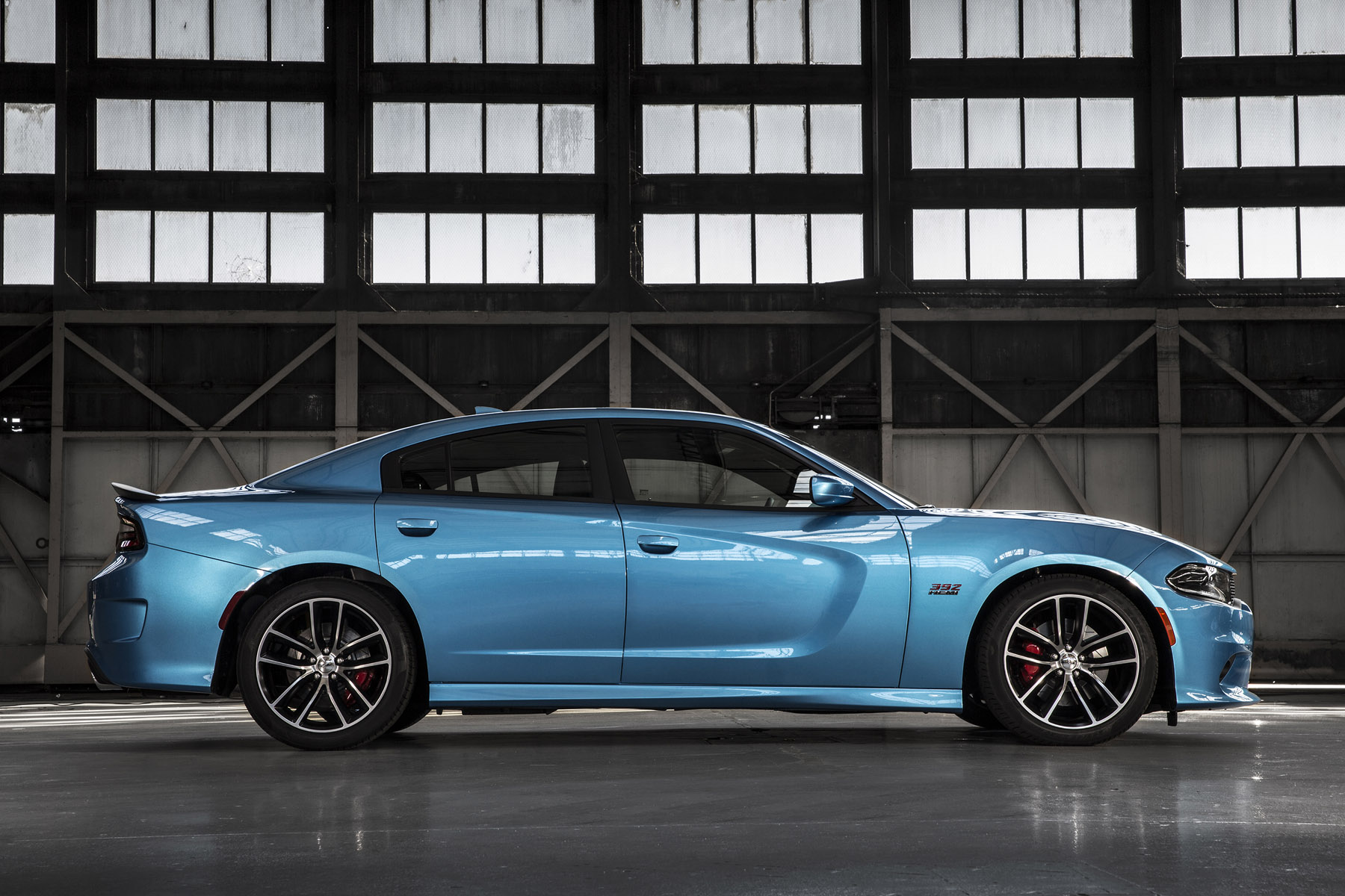 they call it the clark kent of cars 2015 dodge charger r t scat pack. Black Bedroom Furniture Sets. Home Design Ideas