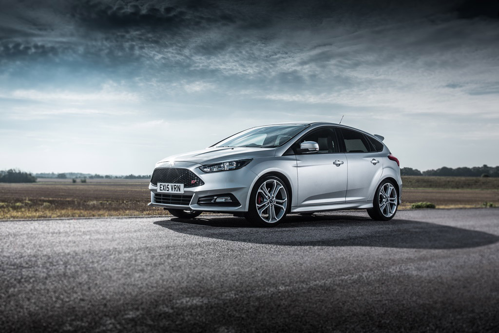 ford focus st receives engine uprating by mountune performance. Black Bedroom Furniture Sets. Home Design Ideas