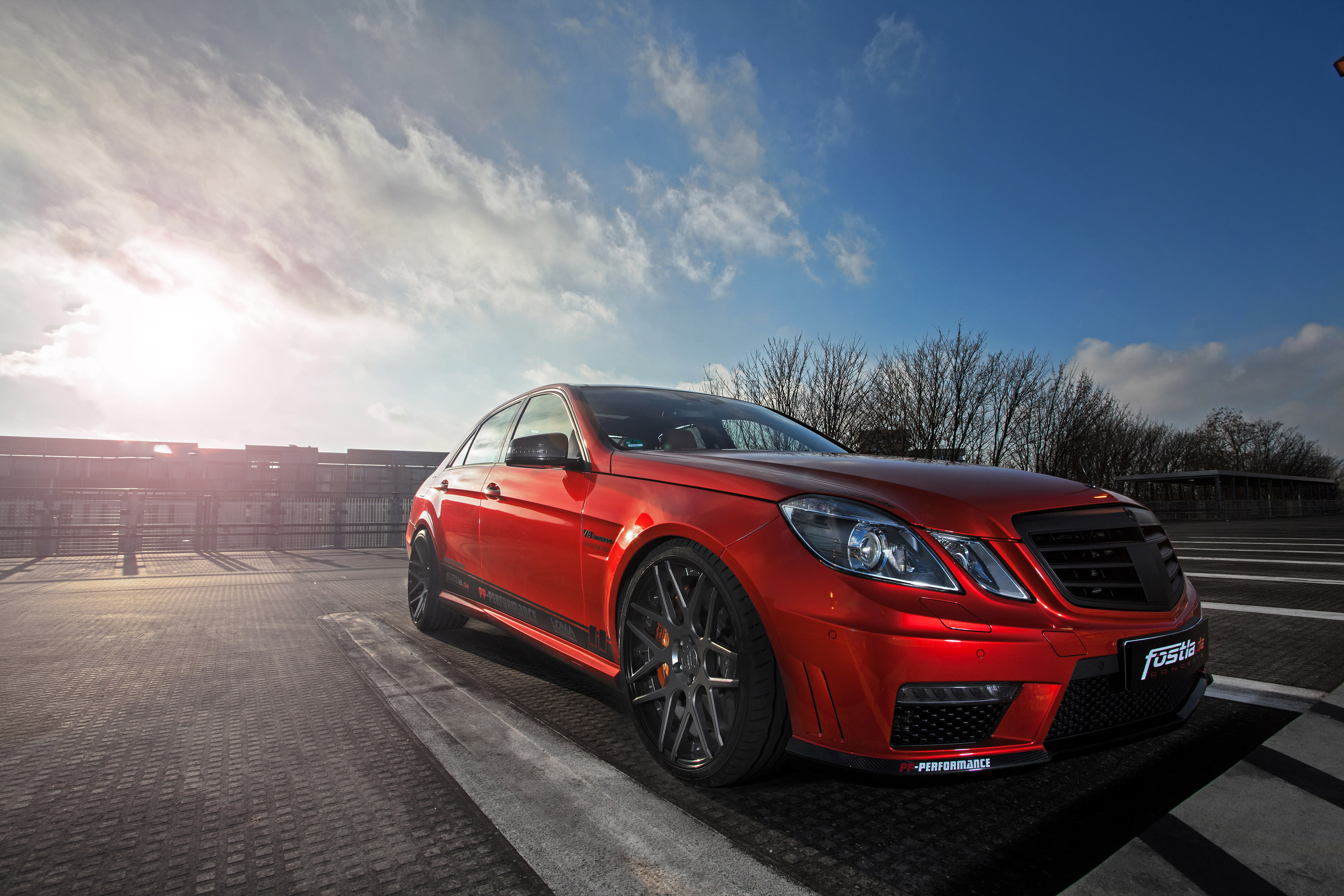 Mercedes benz e 63 amg w212 wows with 720 wild horses for Mercedes benz e amg