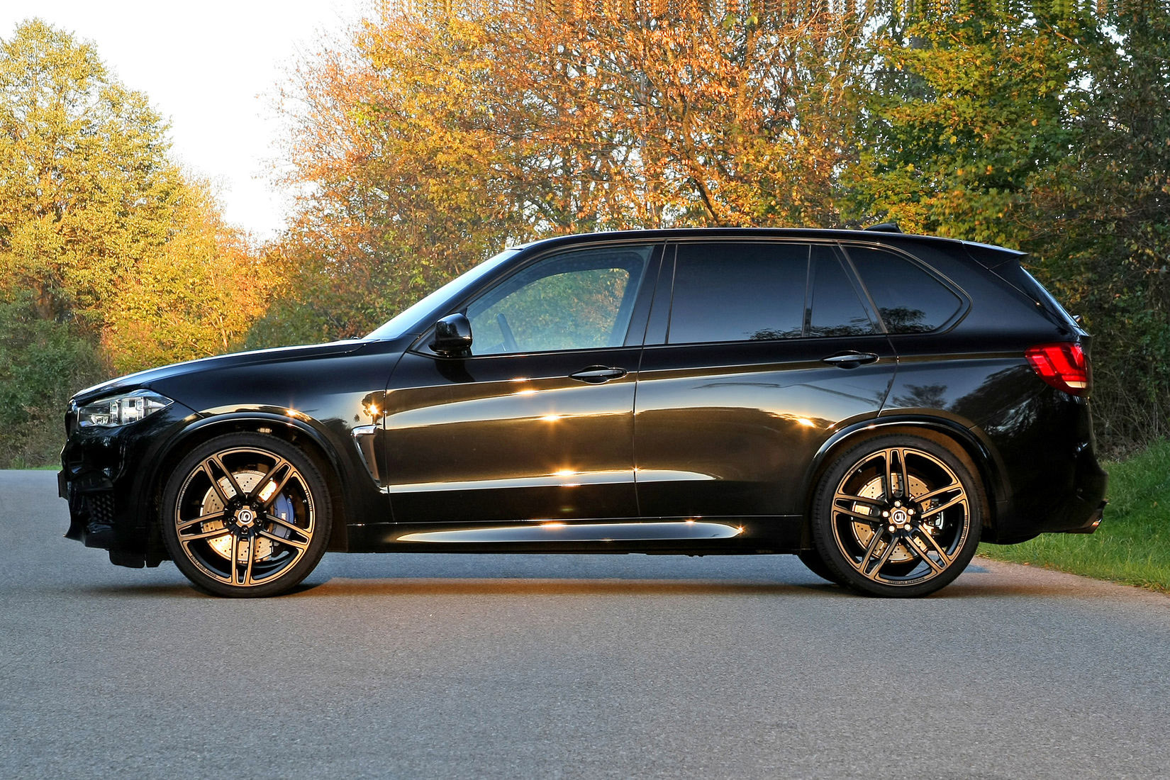 g power and the brand new bmw x5 m f85. Black Bedroom Furniture Sets. Home Design Ideas