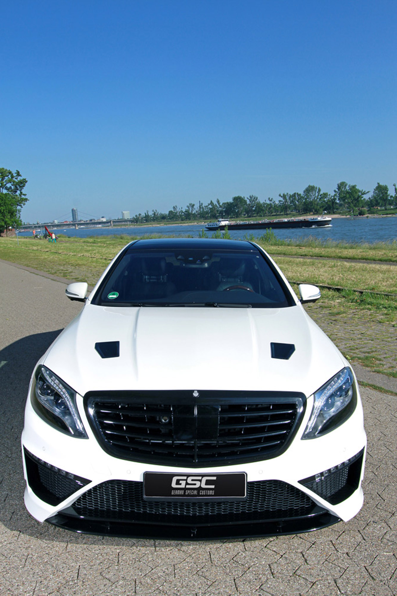 German Special Customs Mercedes Benz S Class Claimed The Best