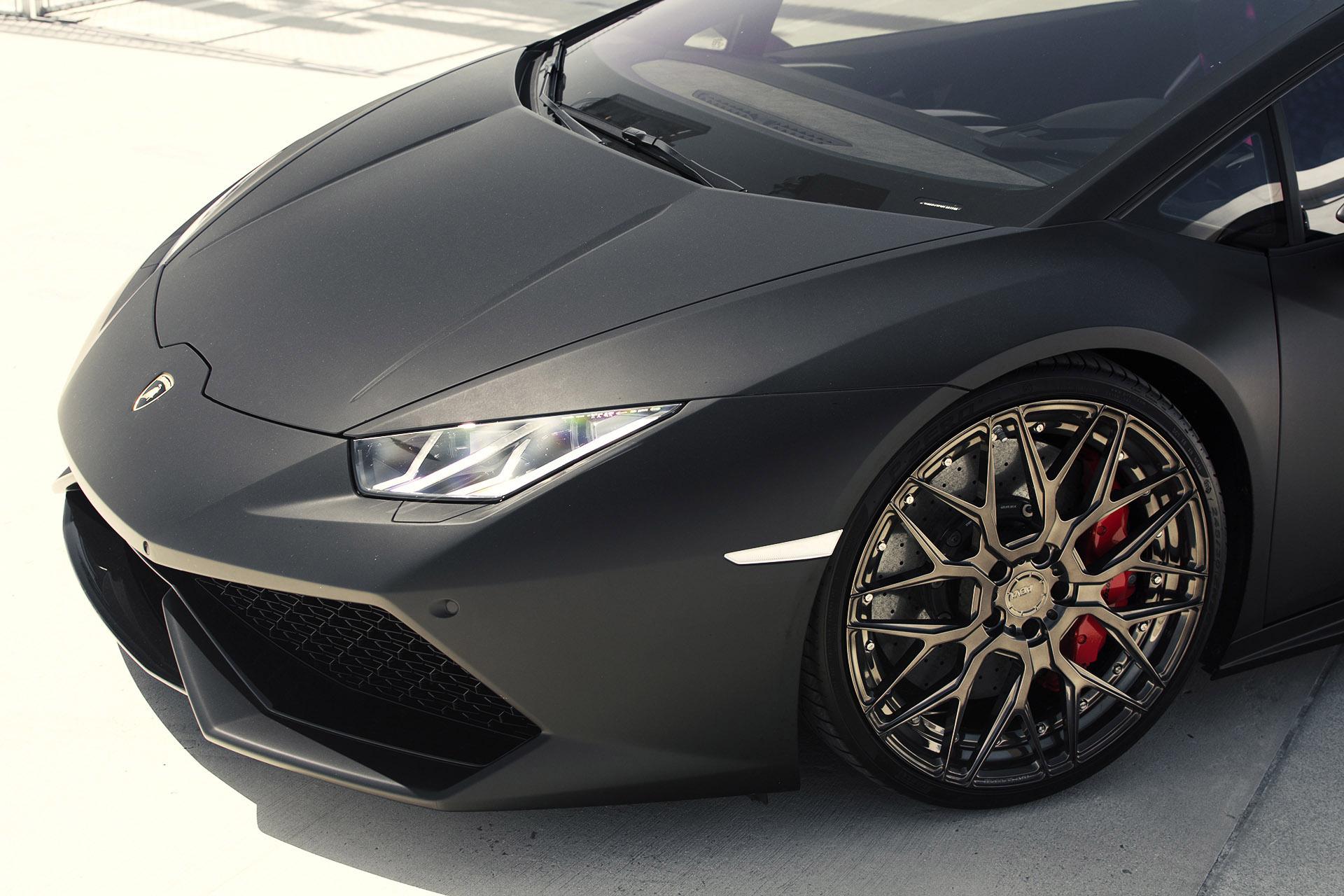 2015 BMW F83 M4 Convertible · 2015 GMG Lamborghini Huracan