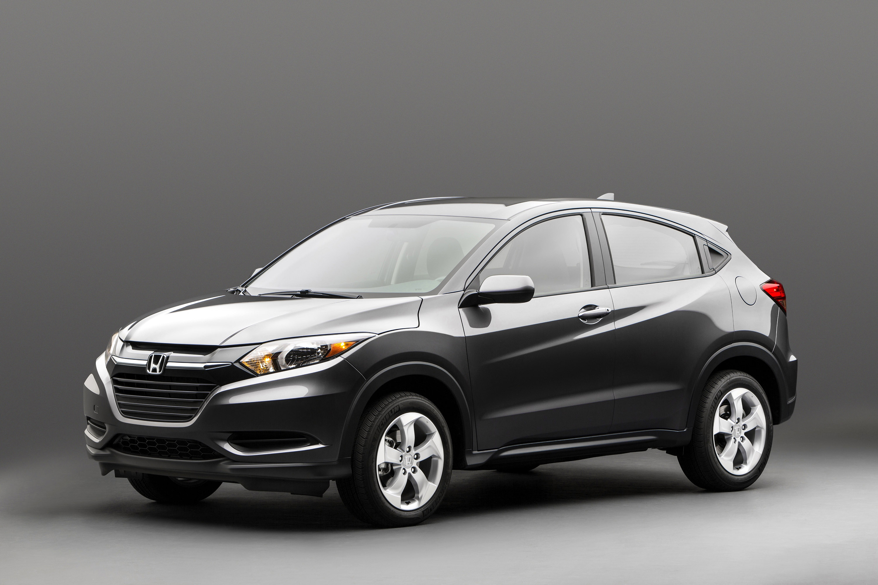 2015 honda hr v suv first official images