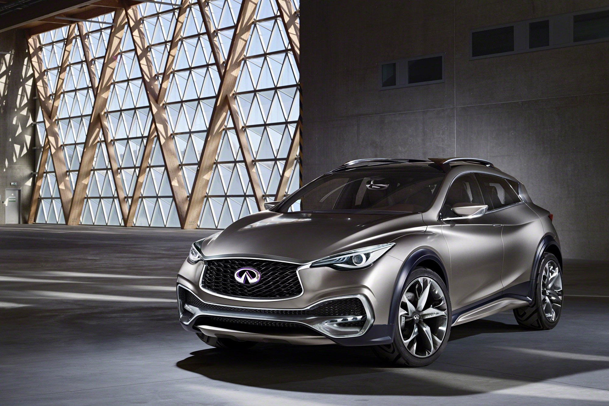 of same sales song rwd review but infiniti long get strong old