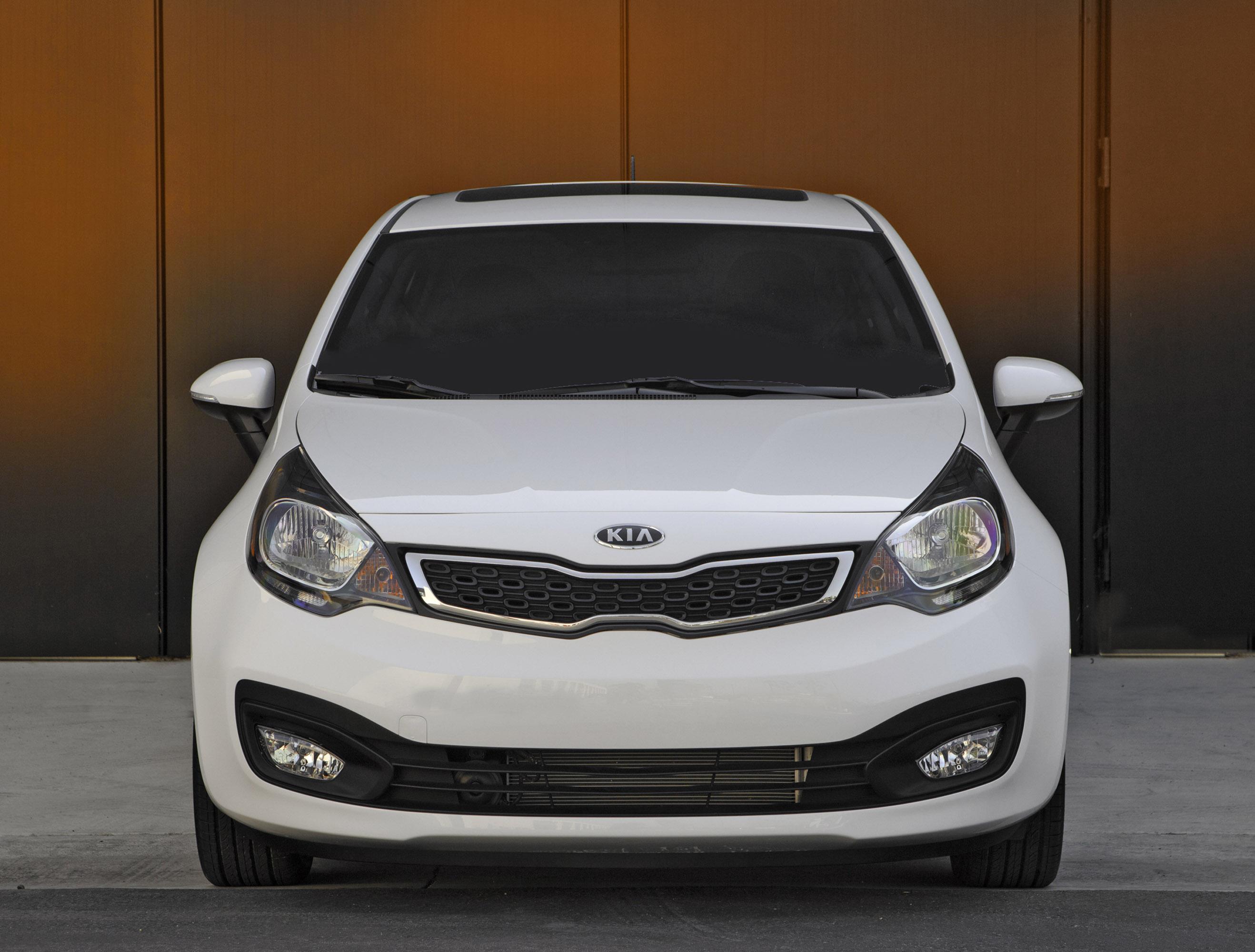 Kia Describes 2015 Rio Sedan