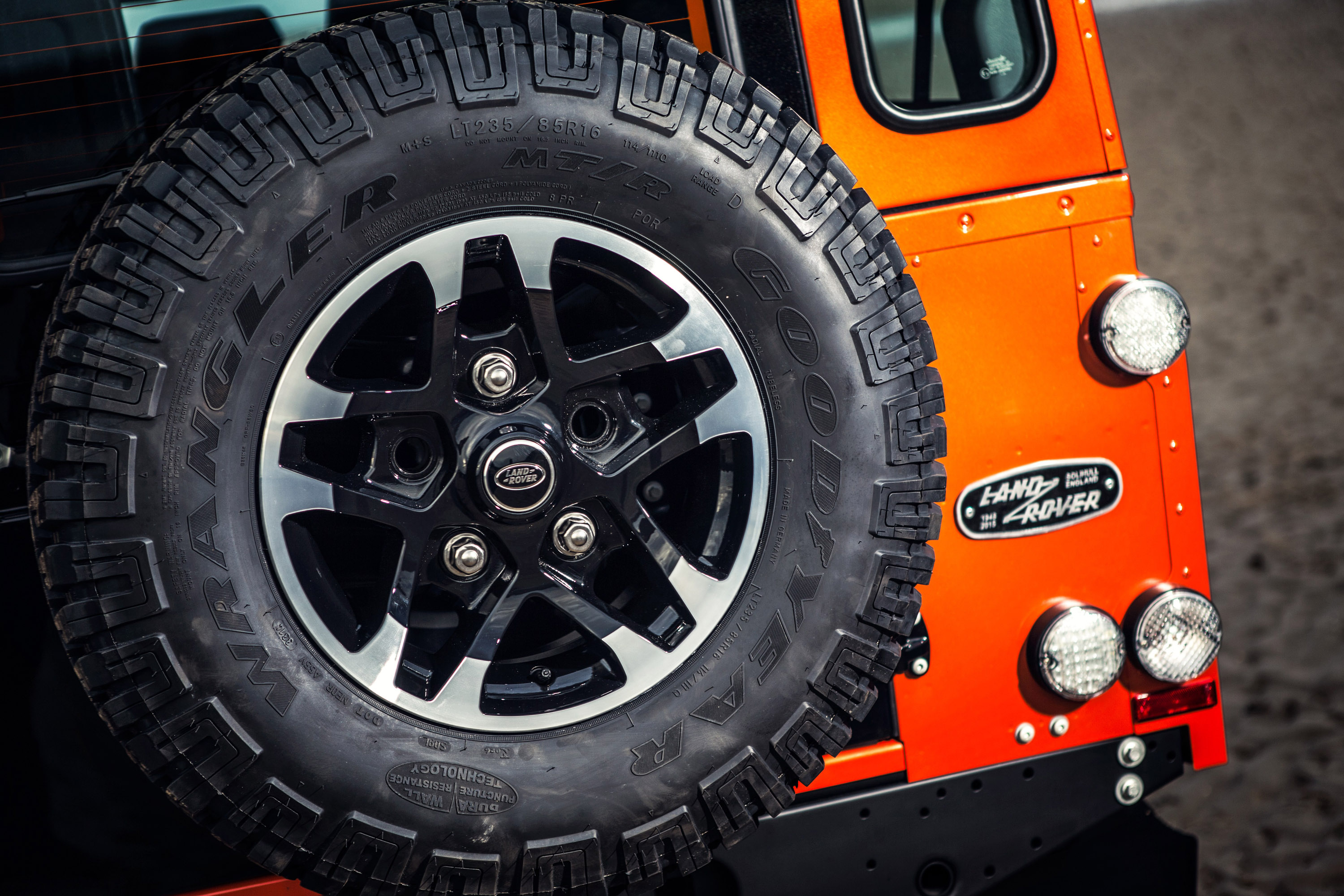magic trucks tires rover by spectre defender land tweaked pin edition landrover