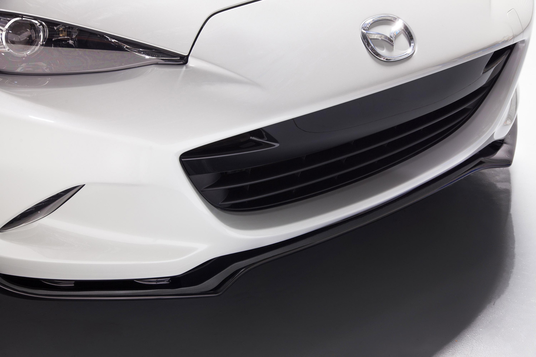 https://www.automobilesreview.com/gallery/2015-mazda-mx-5-accessories-design-concept/2015-mazda-mx-5-accessories-design-concept-04.jpg