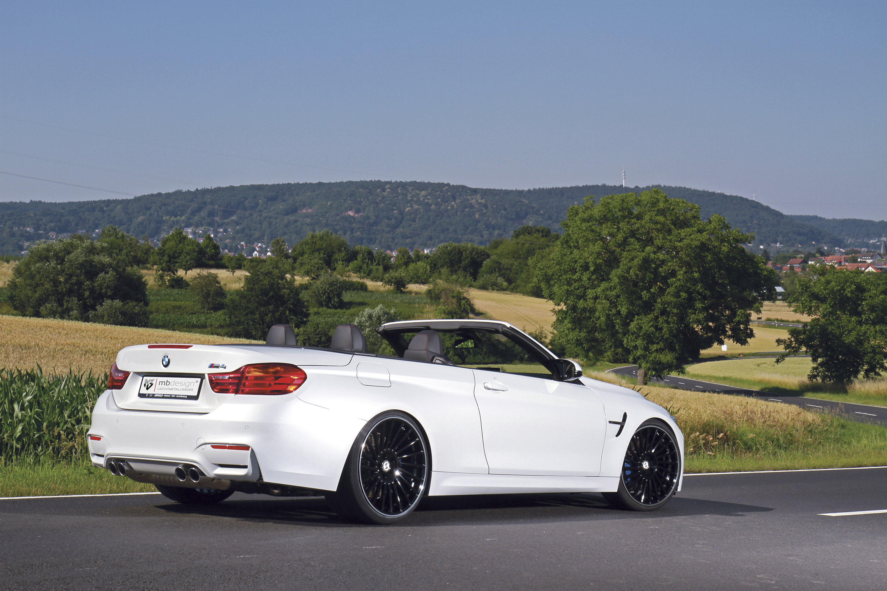 mbdesign bmw m4 convertible is perfect for hot summer days. Black Bedroom Furniture Sets. Home Design Ideas