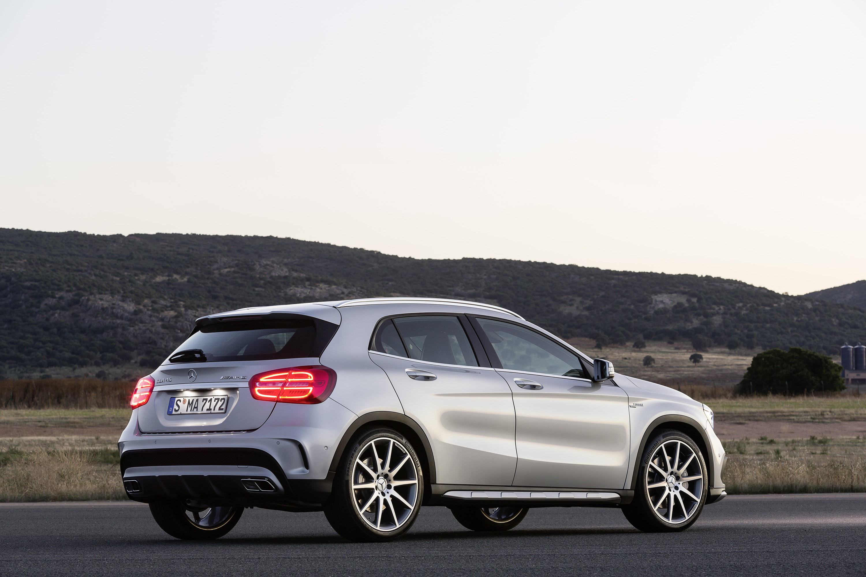 2015 mercedes benz gla us price
