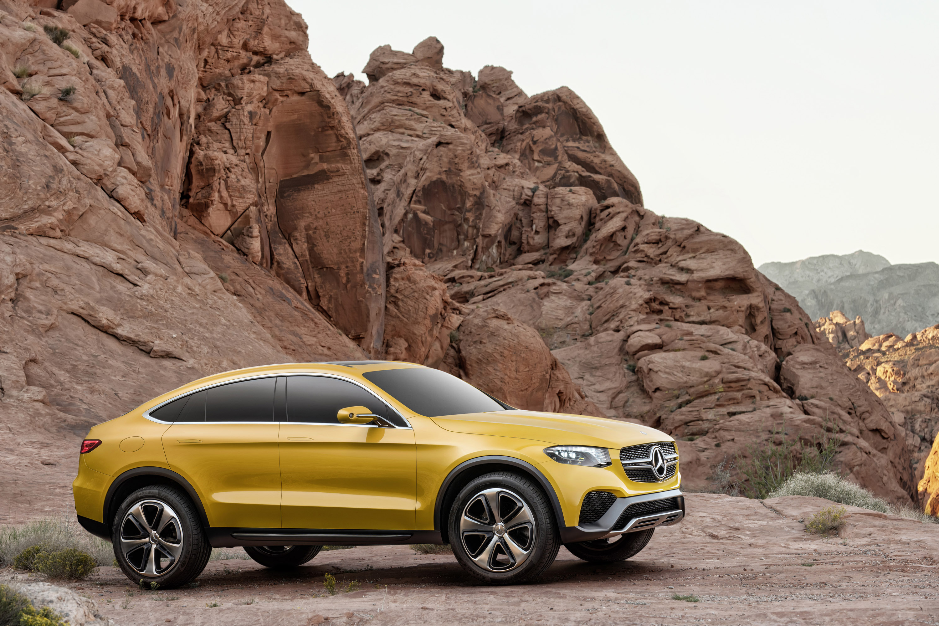 mercedes benz unveils glc coupe concept. Black Bedroom Furniture Sets. Home Design Ideas