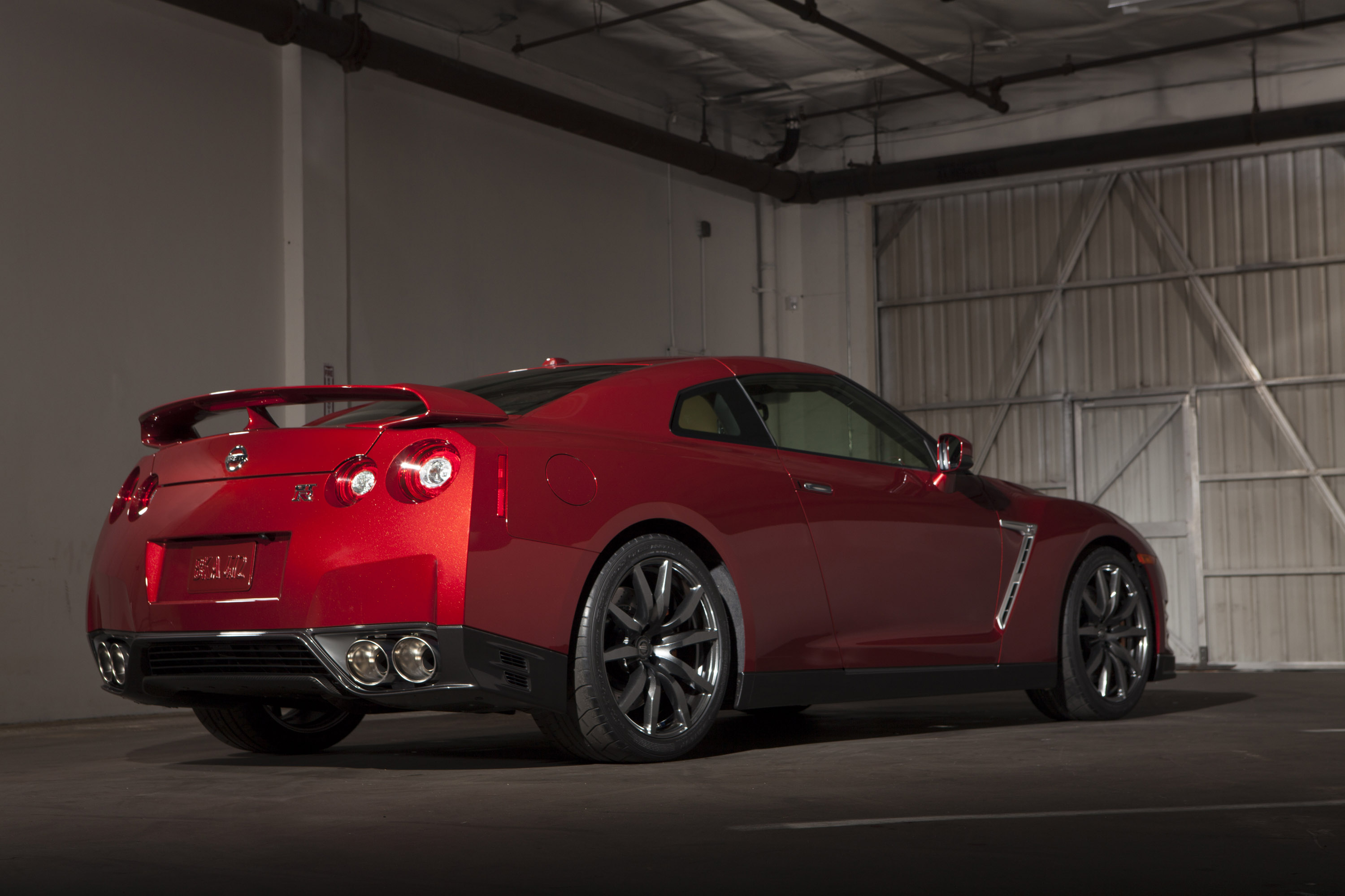 2015 nissan gt r gets track edition and goes on sale in japan. Black Bedroom Furniture Sets. Home Design Ideas
