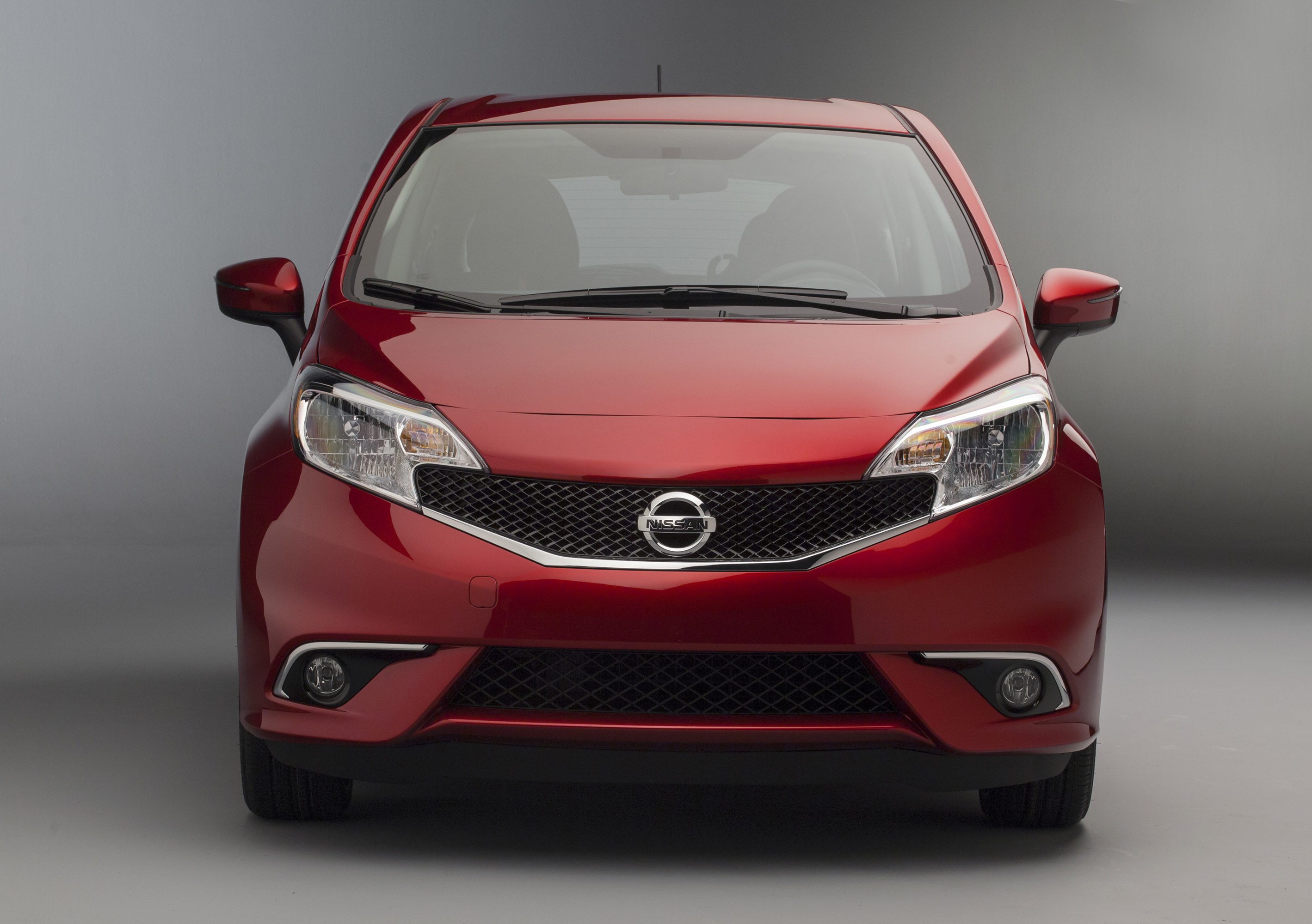2015 Nissan Versa Note Gets SR And SL Trims