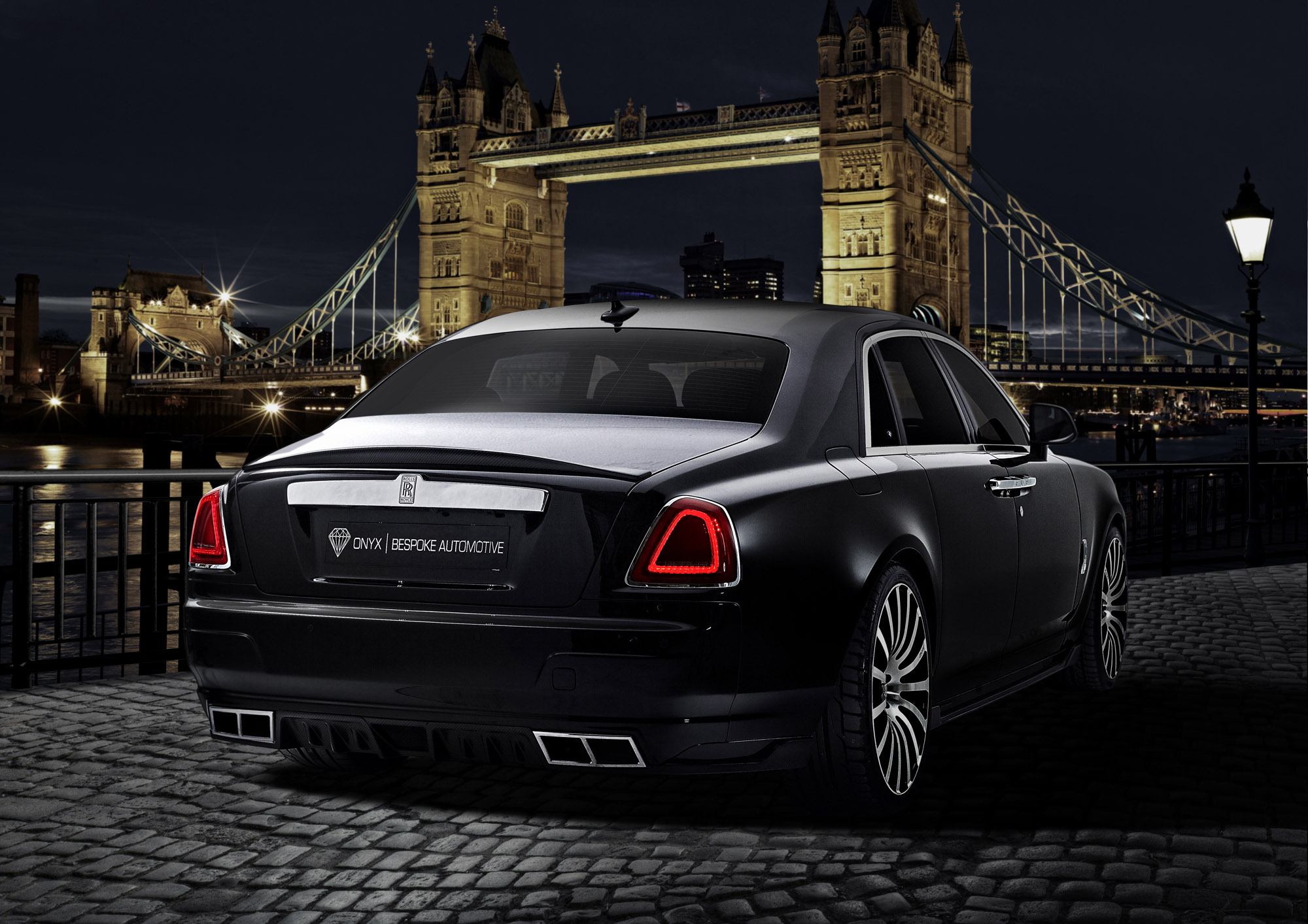 Onyx Rolls Royce Ghost San Mortiz on Range Rover Sport Engine