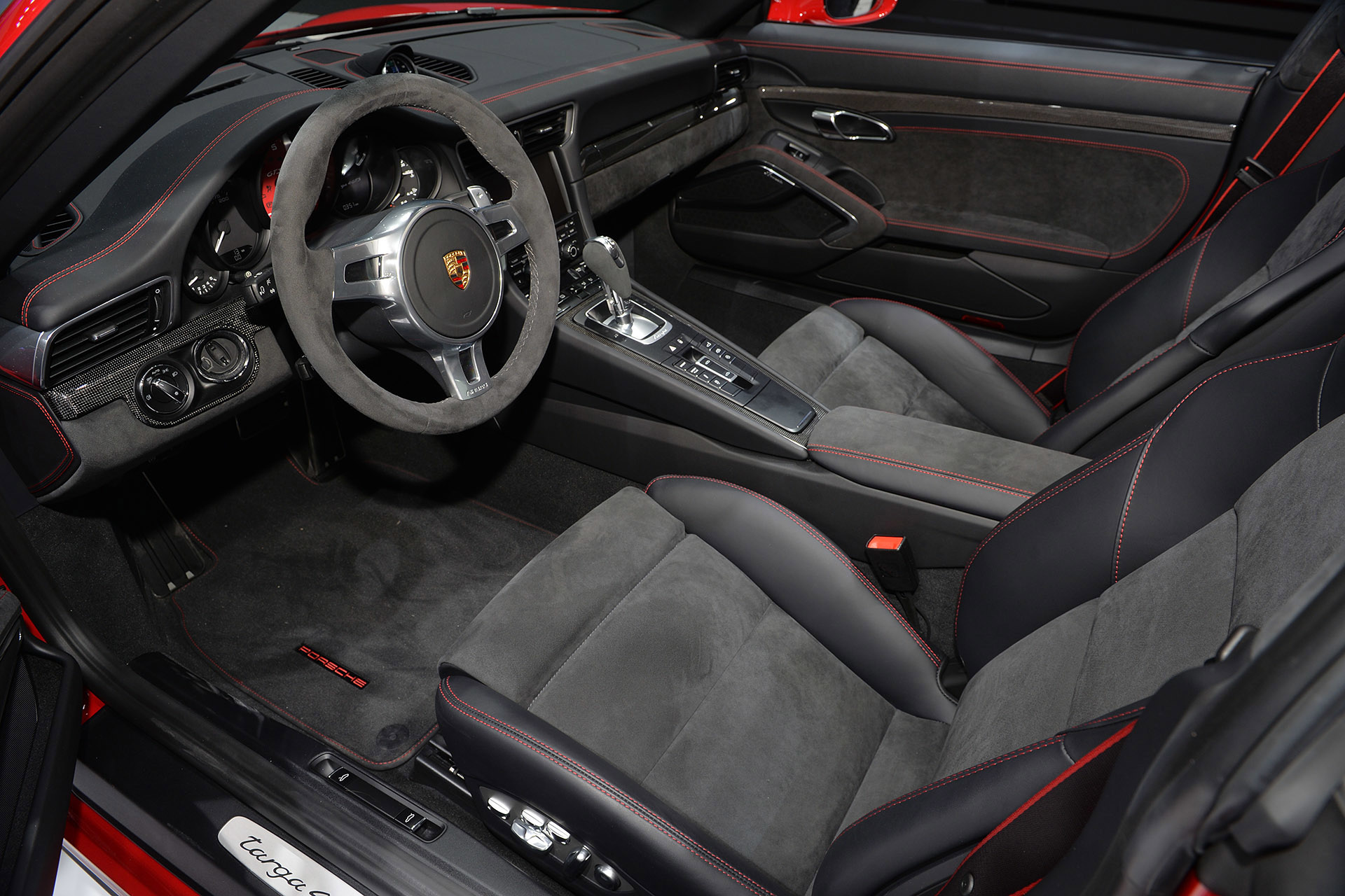 2013 hennessey performance mercedes benz amg e63 v8 biturbo with hpe700 upgrade