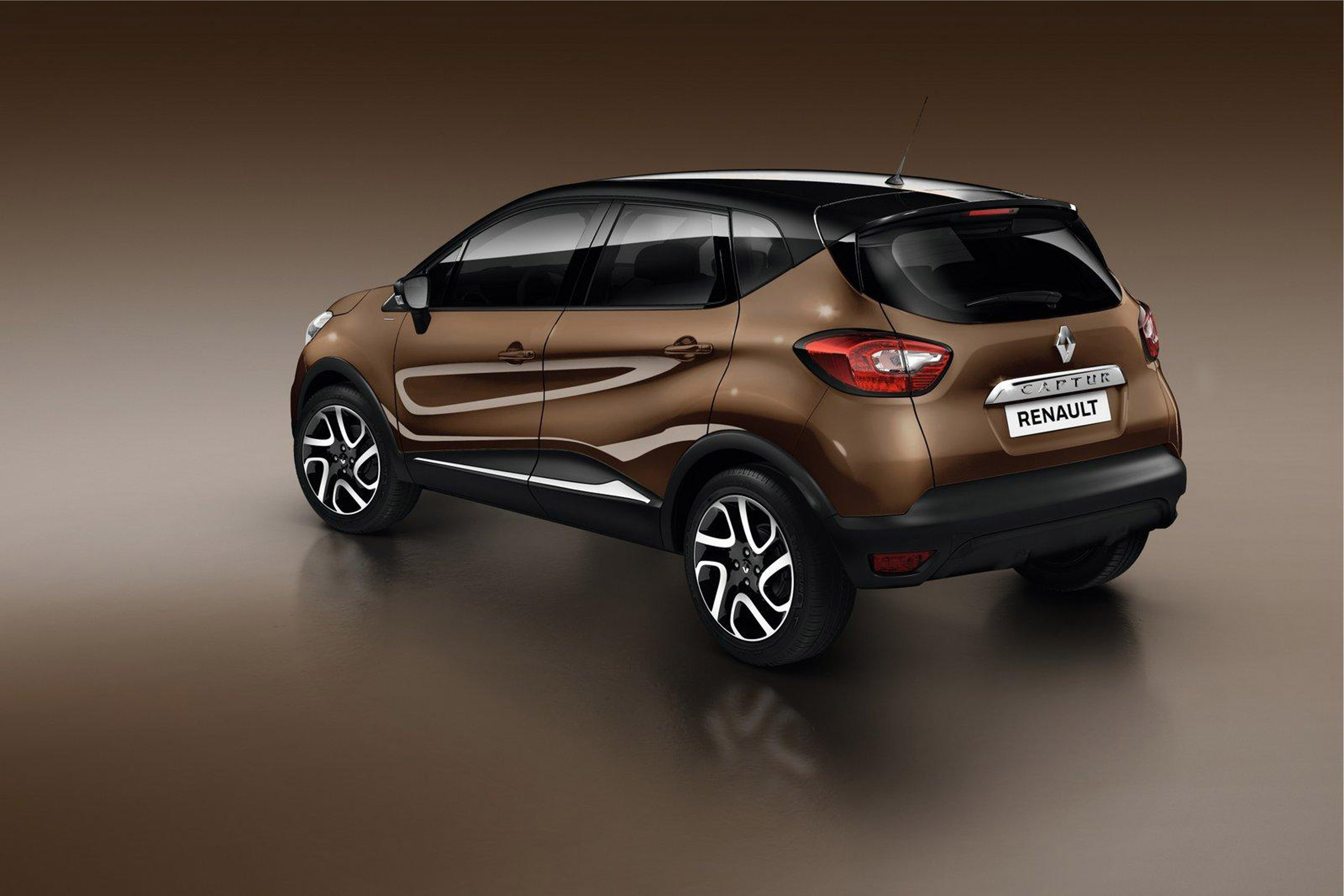 2015 renault captur hypnotic comes in limited run. Black Bedroom Furniture Sets. Home Design Ideas