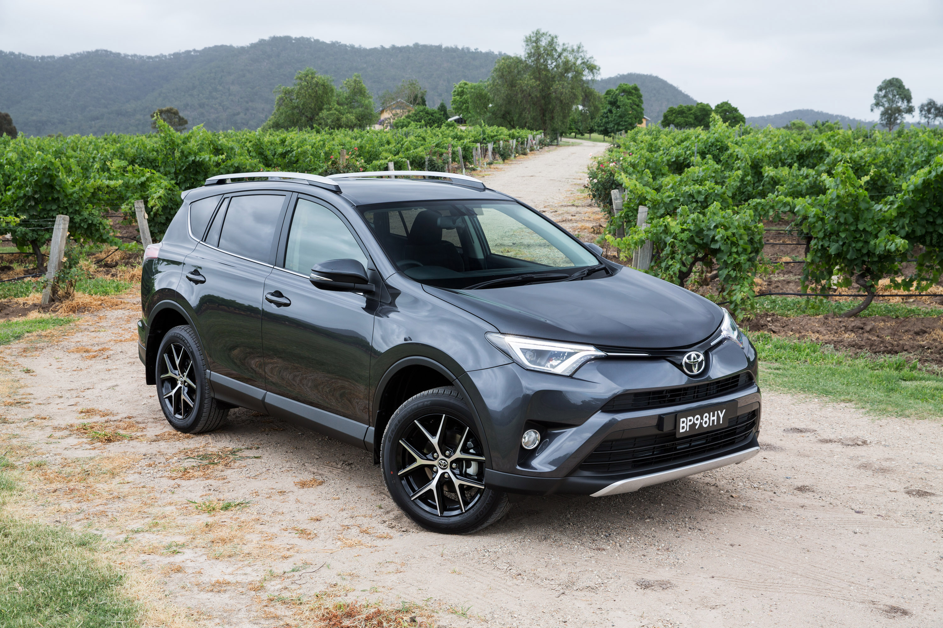 2015 Toyota Rav4 Arrives In Uk