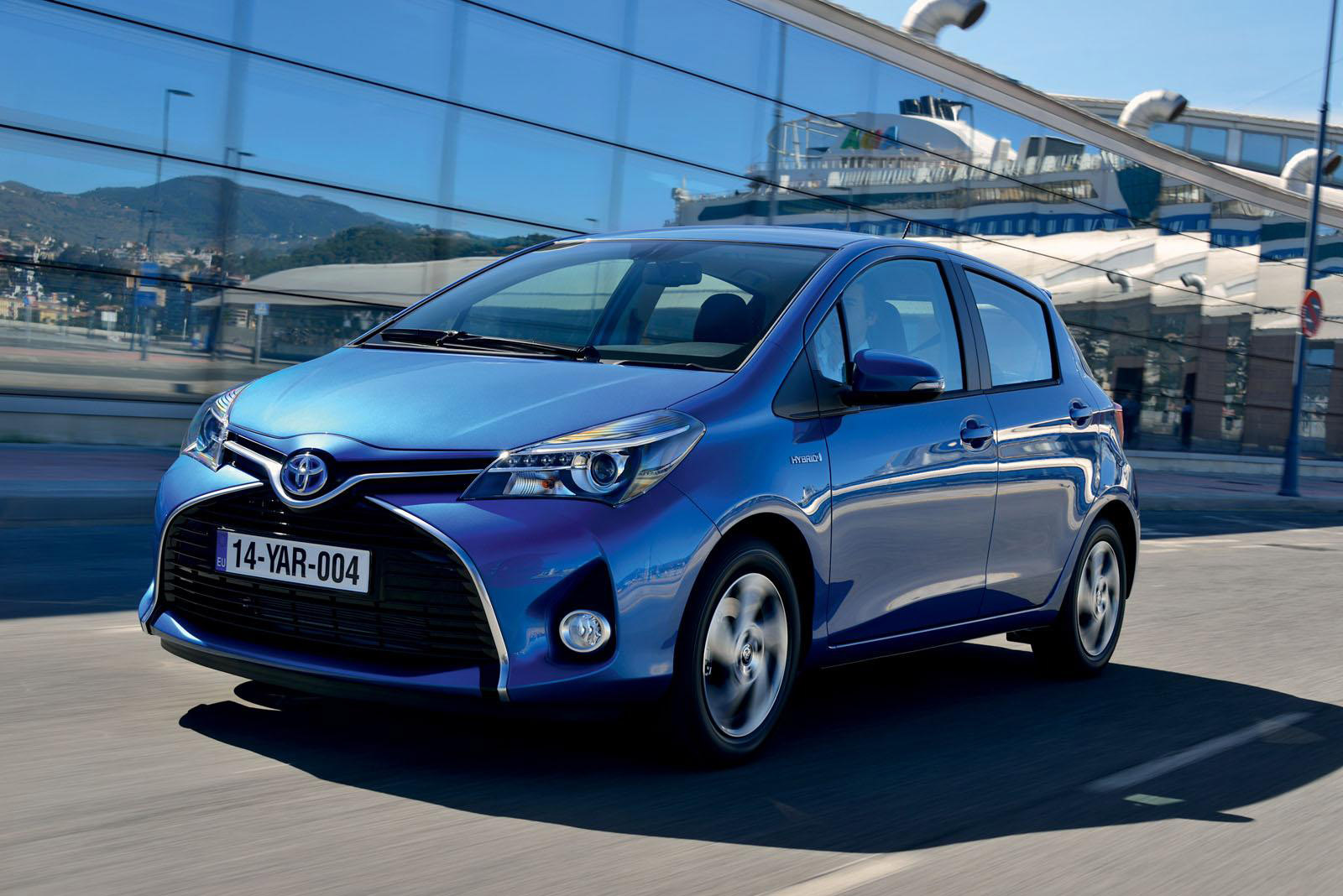 2015 toyota yaris full details and pictures. Black Bedroom Furniture Sets. Home Design Ideas