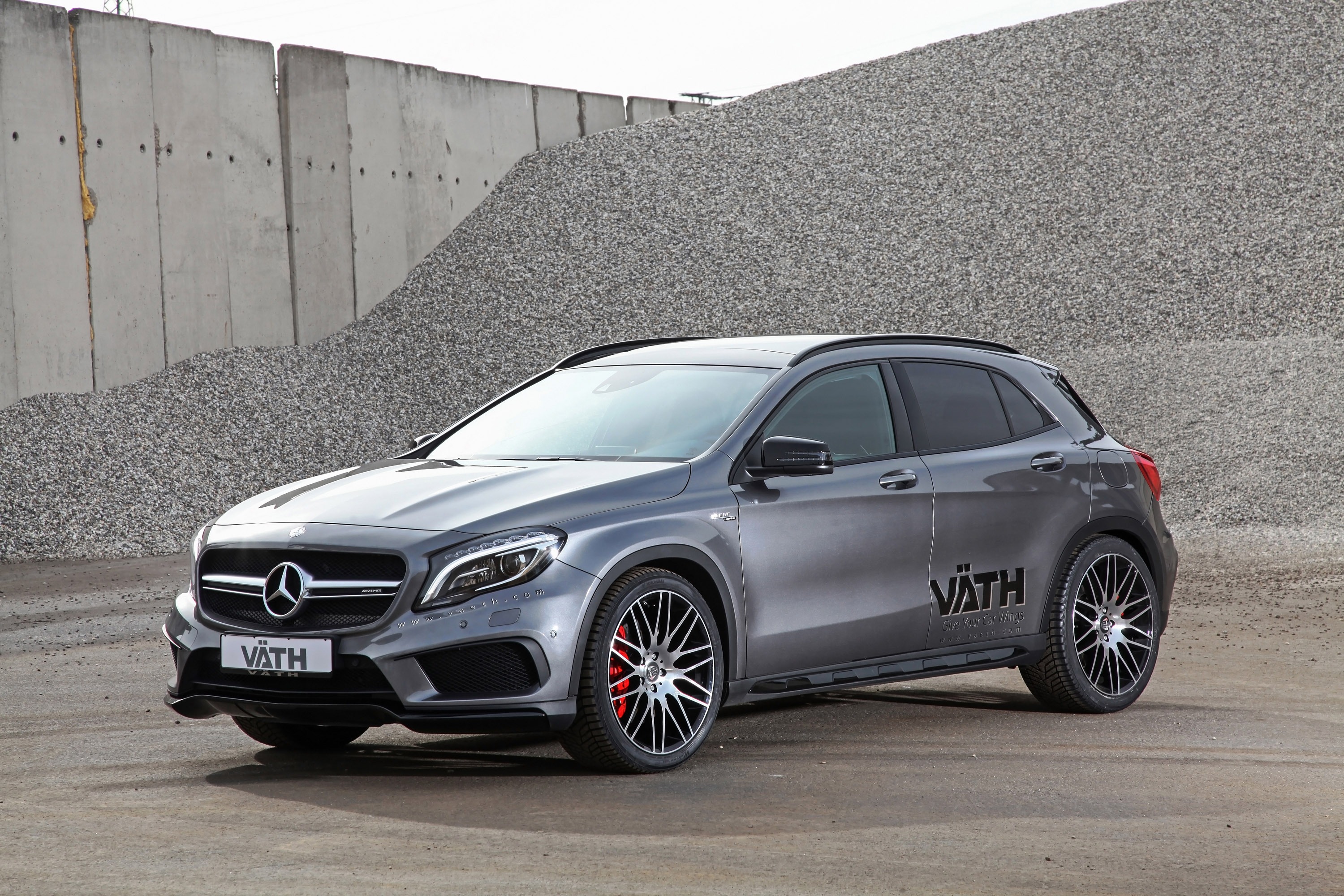 V th creates more powerful mercedes benz gla 45 amg for Pictures of a mercedes benz