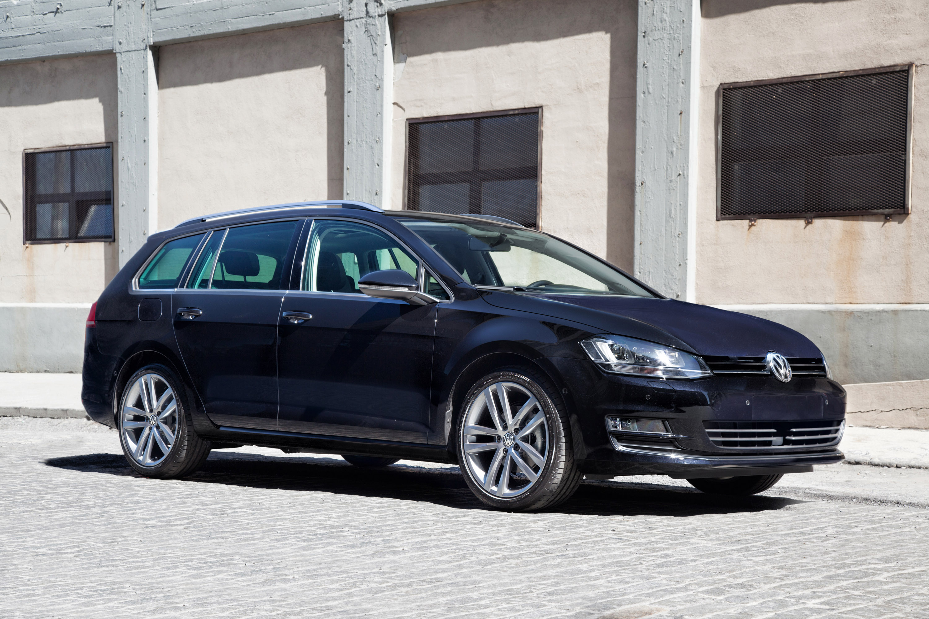 2015 volkswagen golf vii sportwagen us premiere. Black Bedroom Furniture Sets. Home Design Ideas